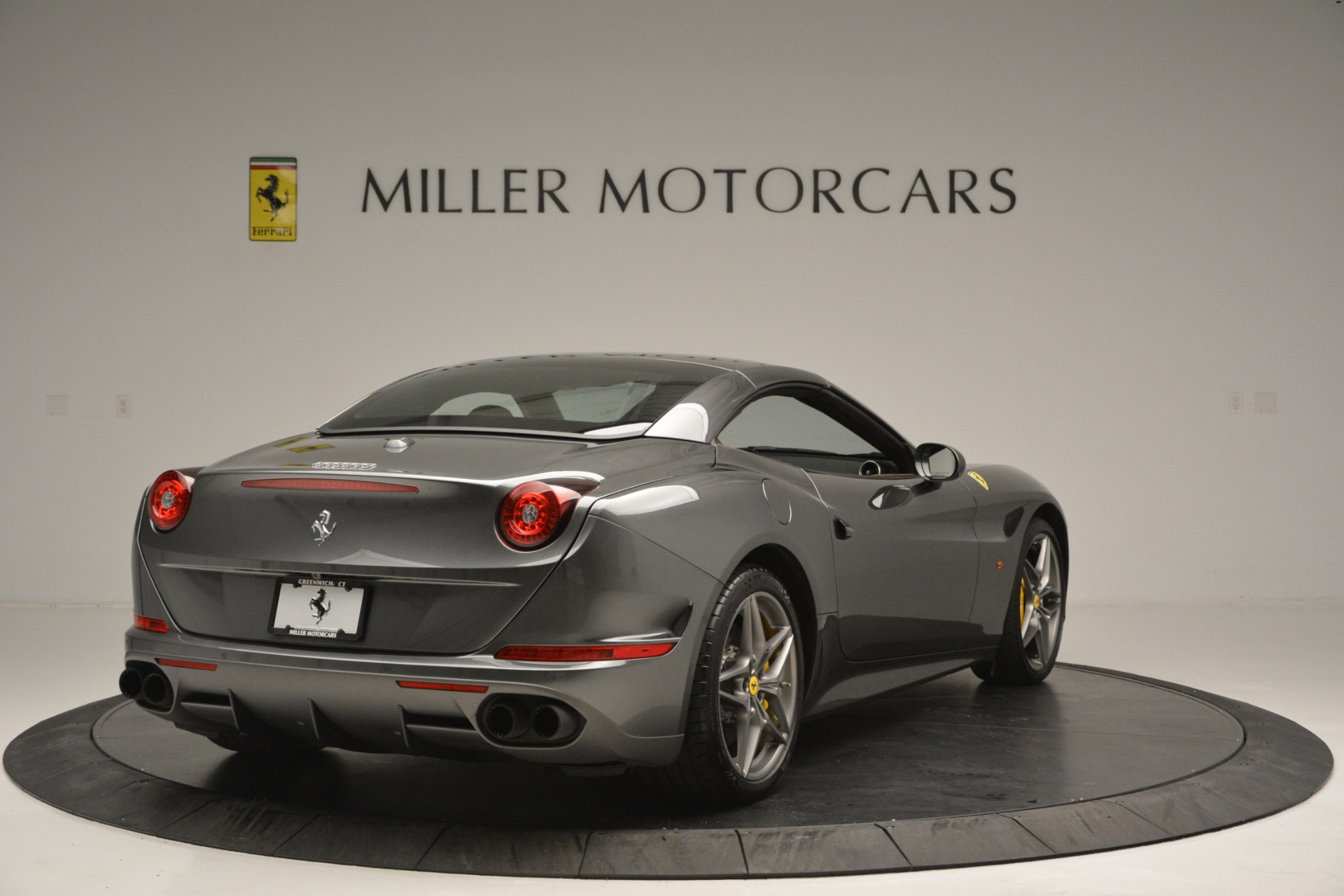 Used 2016 Ferrari California T Handling Speciale For Sale In Westport, CT 2721_p19