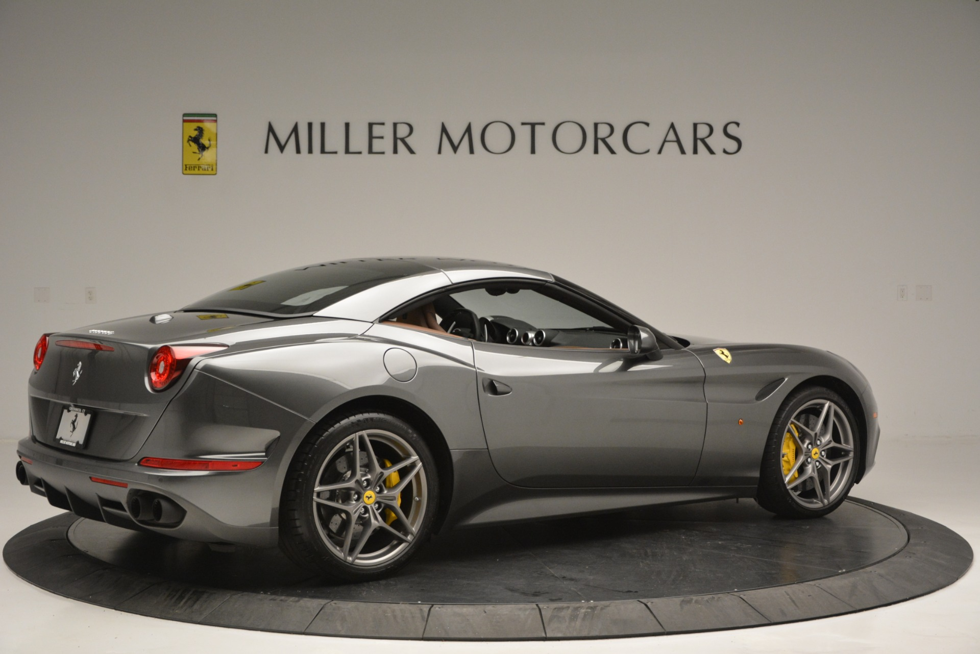 Used 2016 Ferrari California T Handling Speciale For Sale In Westport, CT 2721_p20