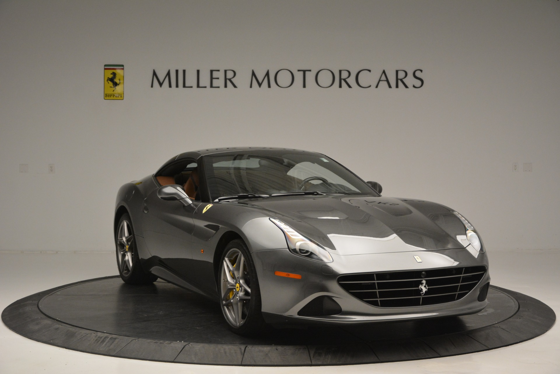 Used 2016 Ferrari California T Handling Speciale For Sale In Westport, CT 2721_p23