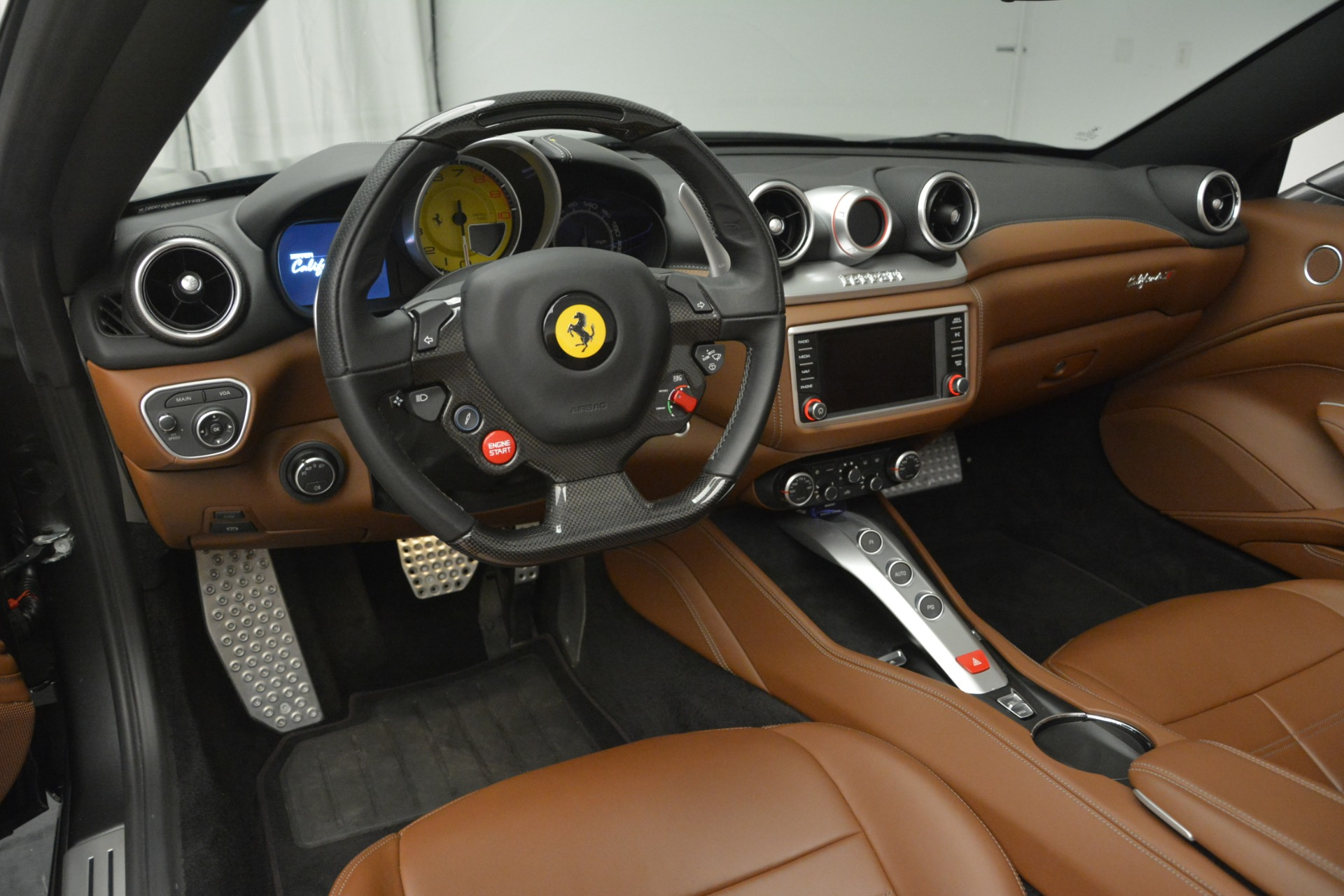 Used 2016 Ferrari California T Handling Speciale For Sale In Westport, CT 2721_p25