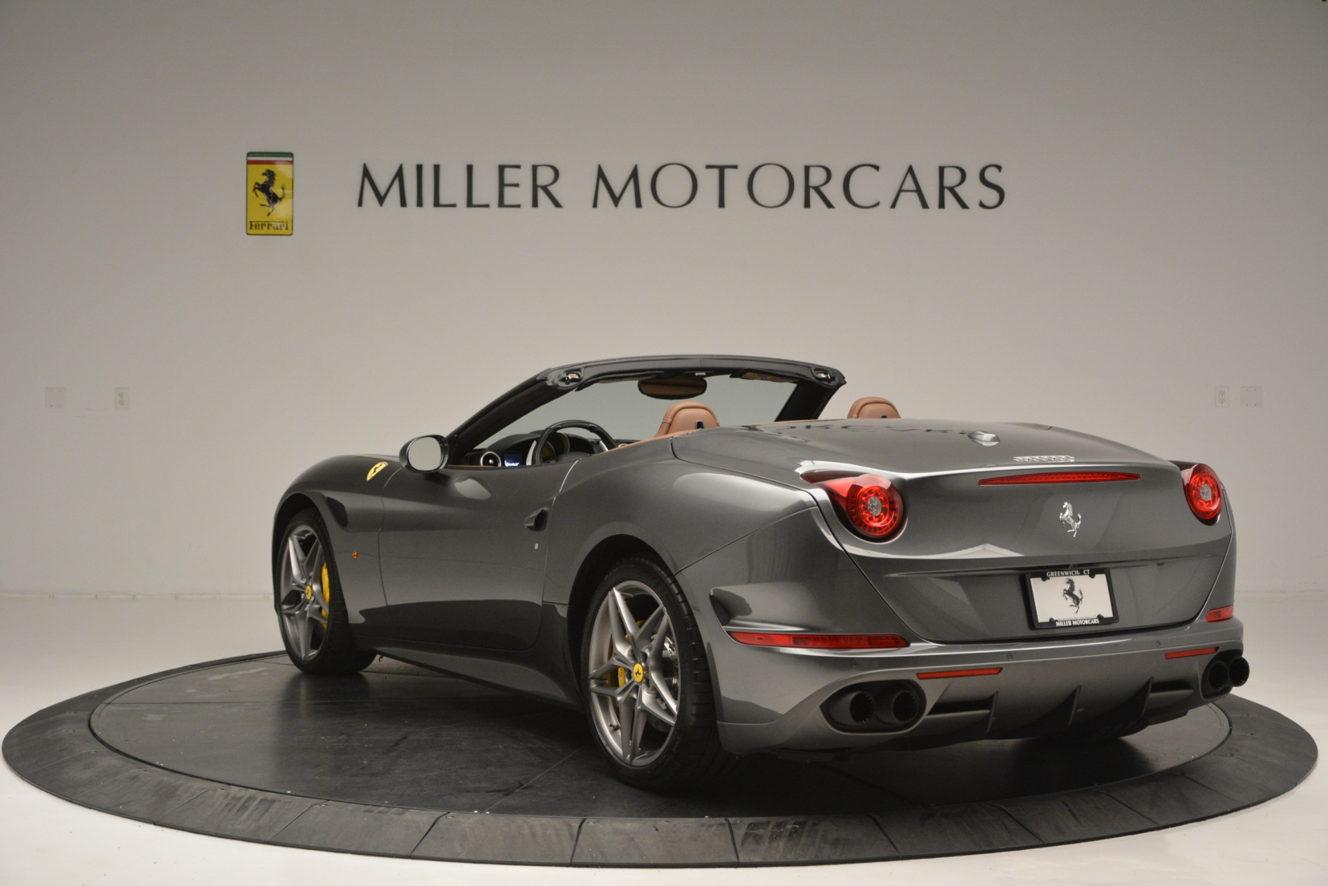 Used 2016 Ferrari California T Handling Speciale For Sale In Westport, CT 2721_p5