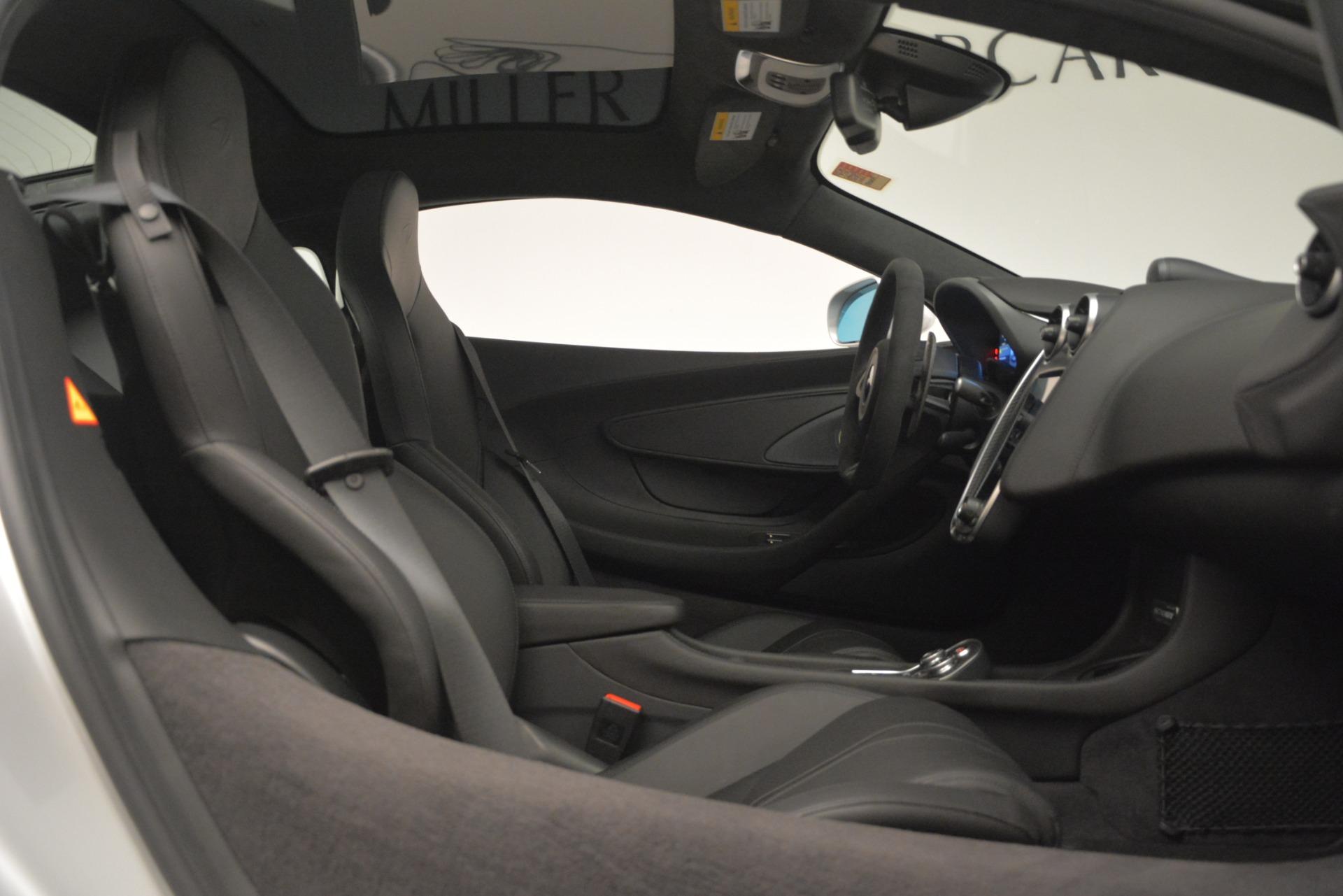 New 2019 McLaren 570GT Coupe For Sale In Westport, CT 2725_p20