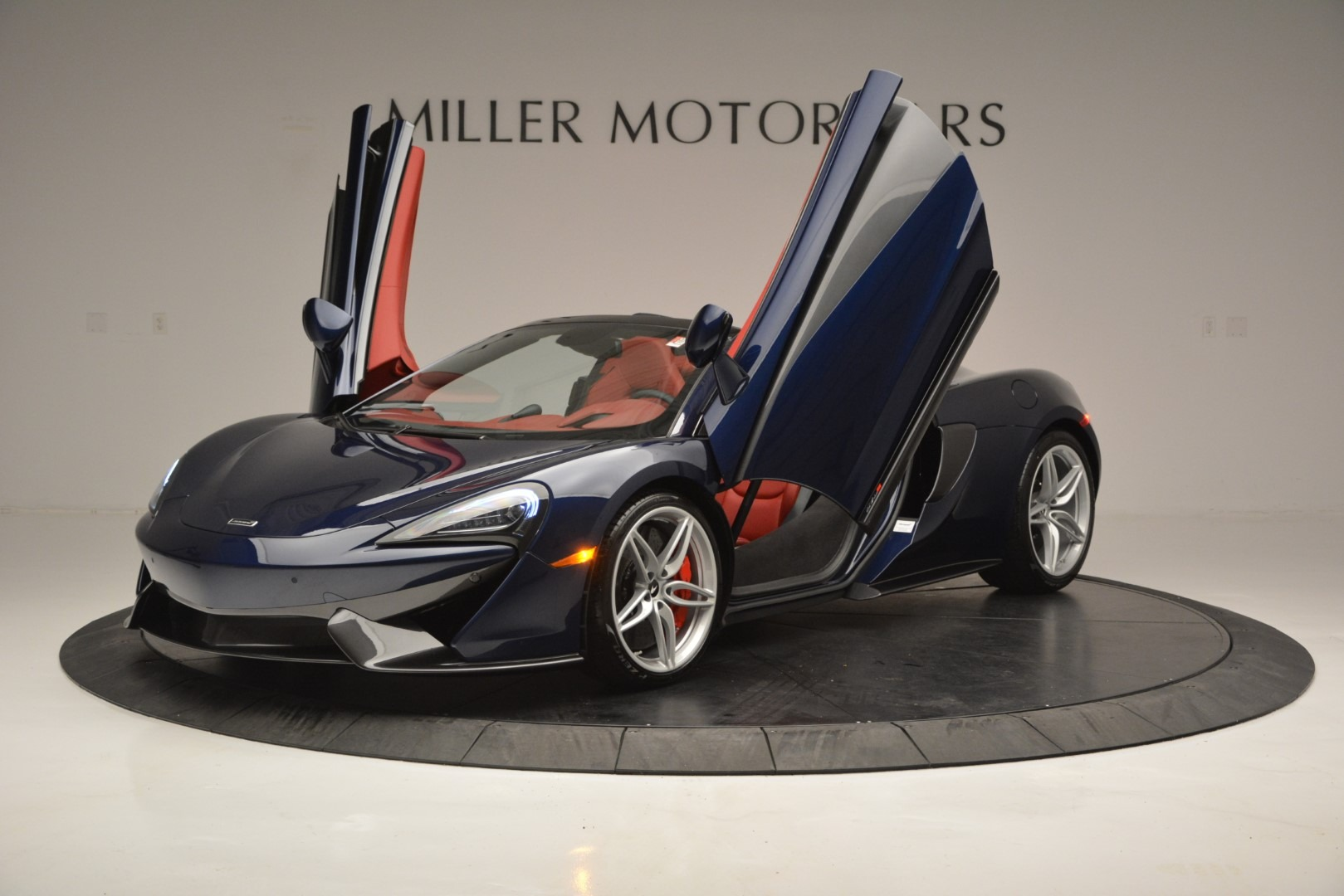 New 2019 McLaren 570S Spider Convertible For Sale In Westport, CT 2727_p14