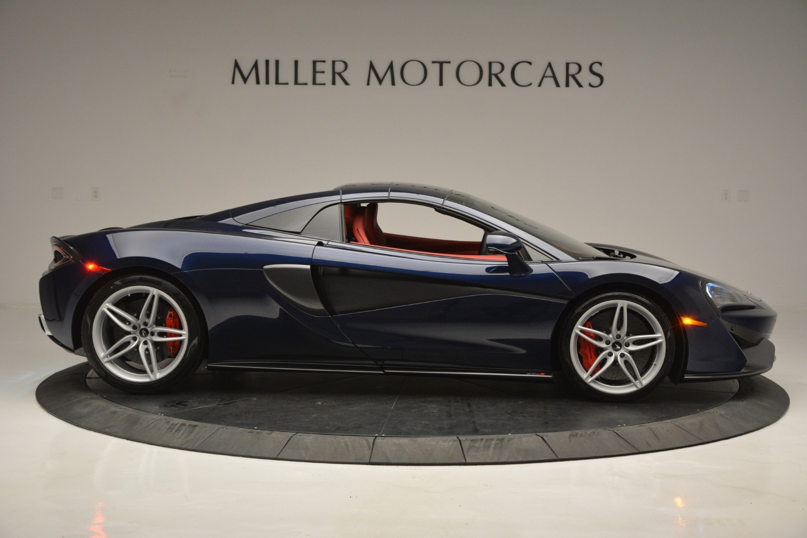 New 2019 McLaren 570S Spider Convertible For Sale In Westport, CT 2727_p20