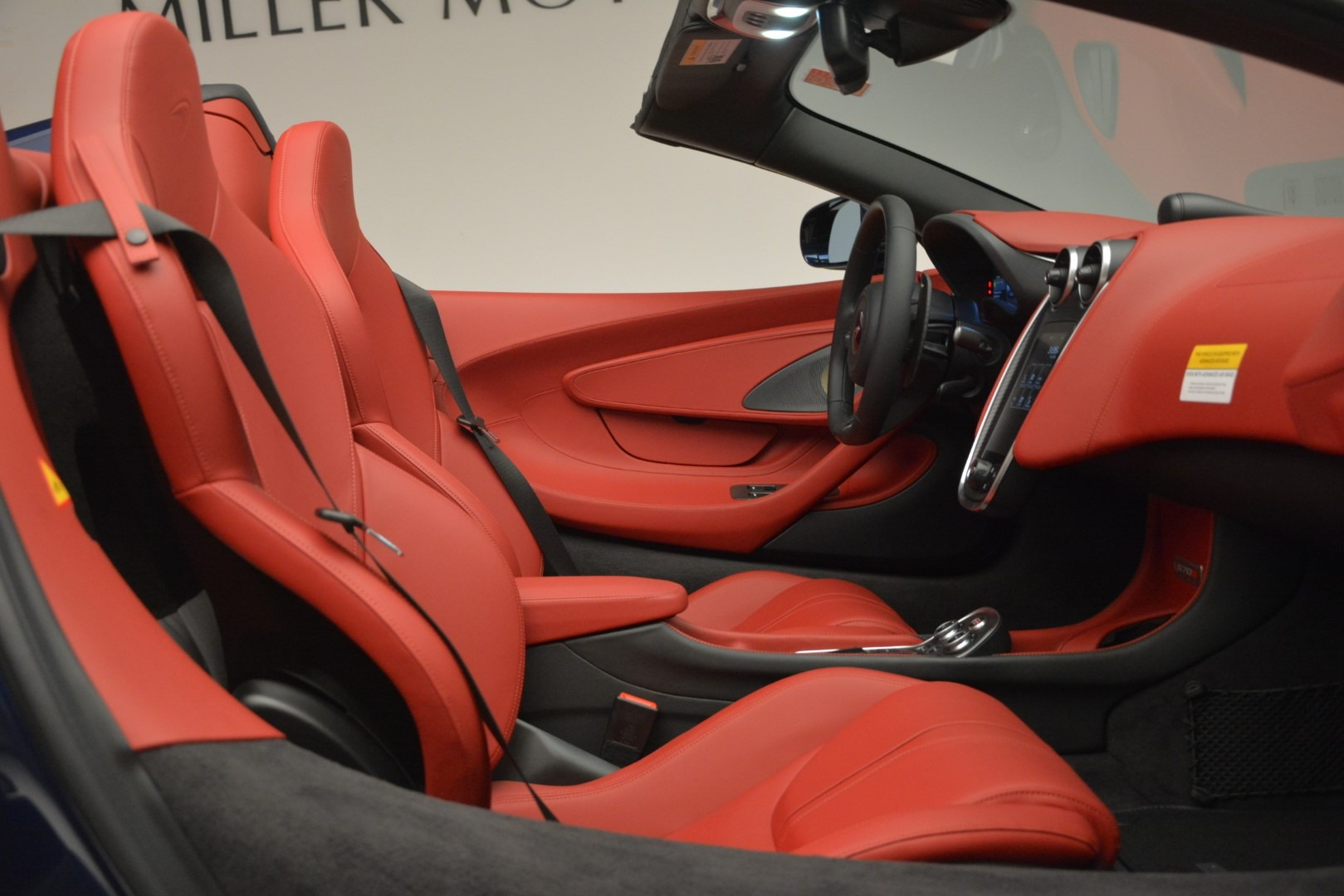 New 2019 McLaren 570S Spider Convertible For Sale In Westport, CT 2727_p27