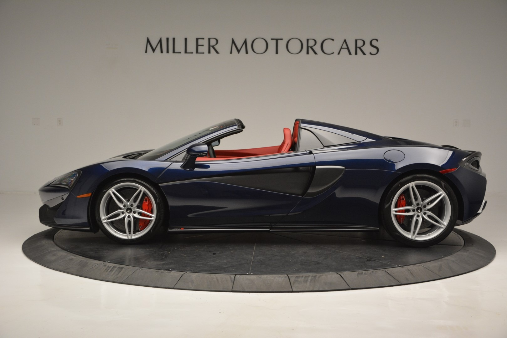 New 2019 McLaren 570S Spider Convertible For Sale In Westport, CT 2727_p3