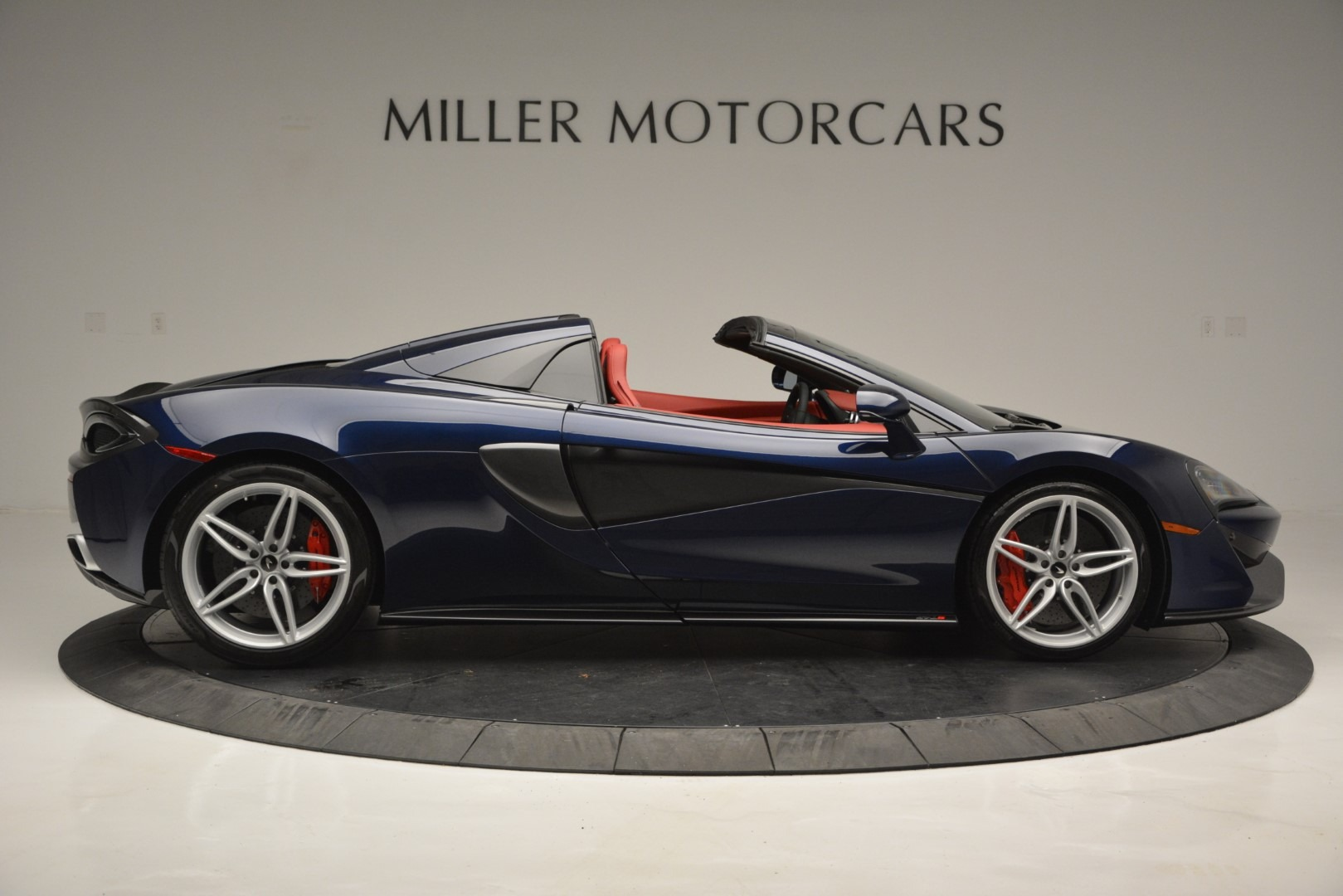 New 2019 McLaren 570S Spider Convertible For Sale In Westport, CT 2727_p9