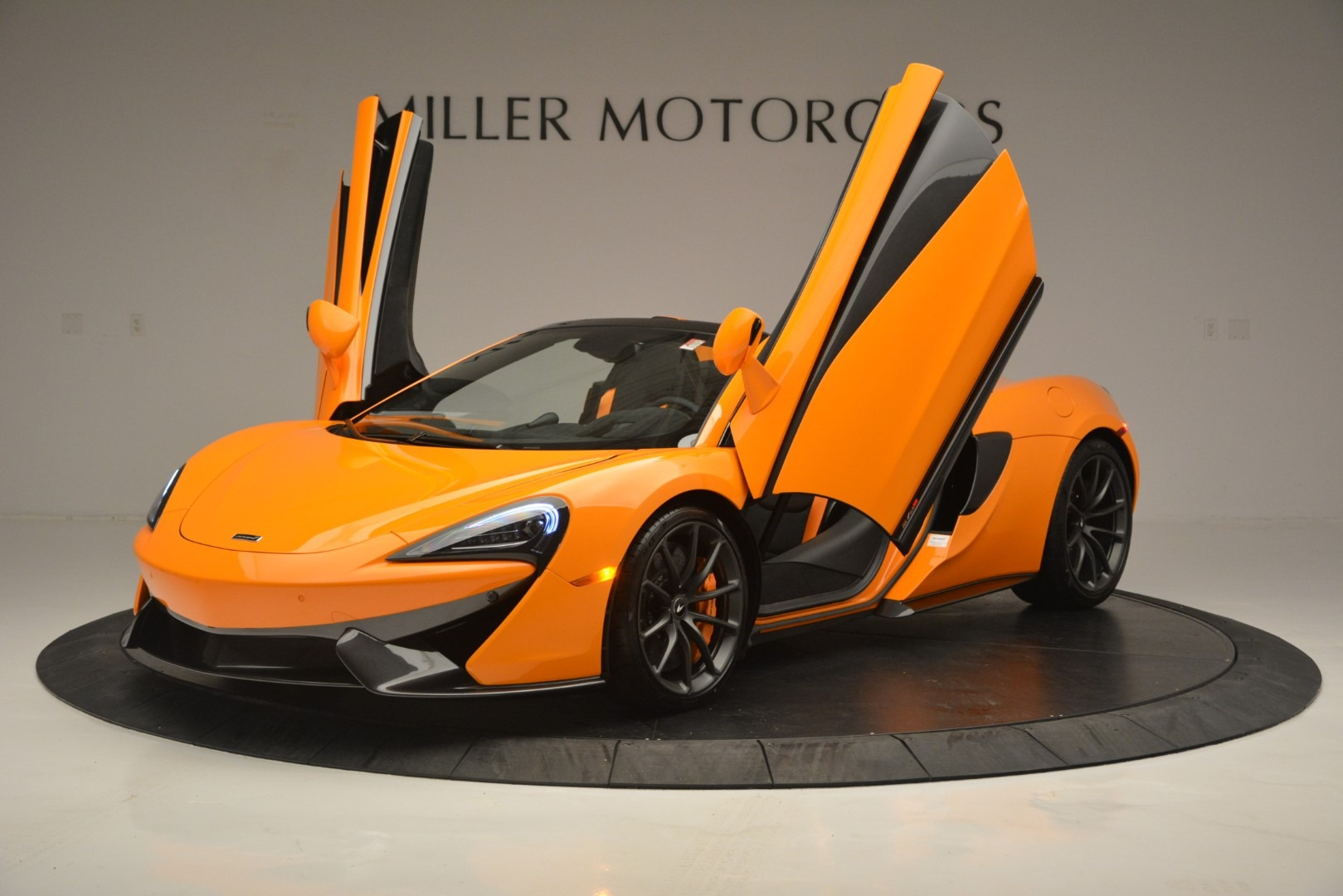 New 2019 McLaren 570S Spider Convertible For Sale In Westport, CT 2728_p14