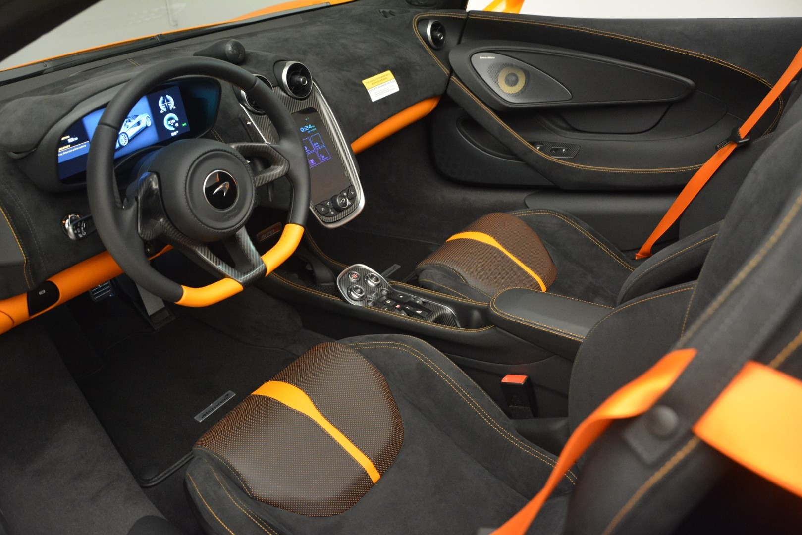 New 2019 McLaren 570S Spider Convertible For Sale In Westport, CT 2728_p23