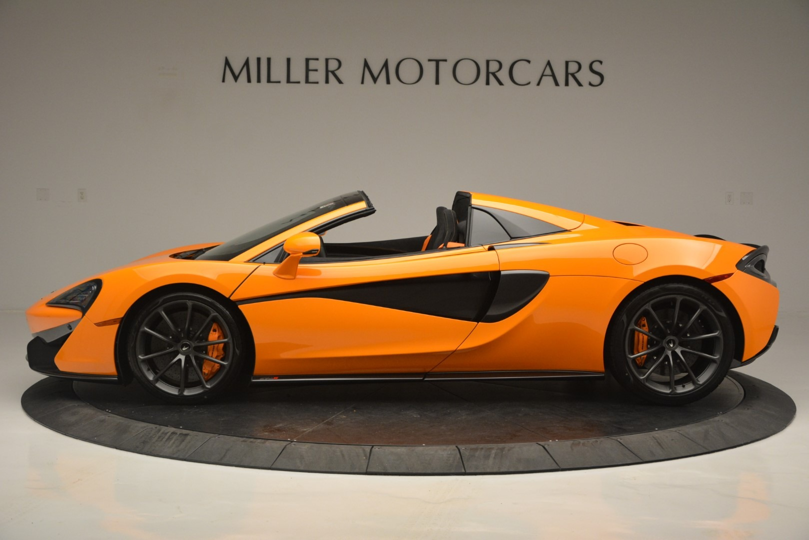 New 2019 McLaren 570S Spider Convertible For Sale In Westport, CT 2728_p3