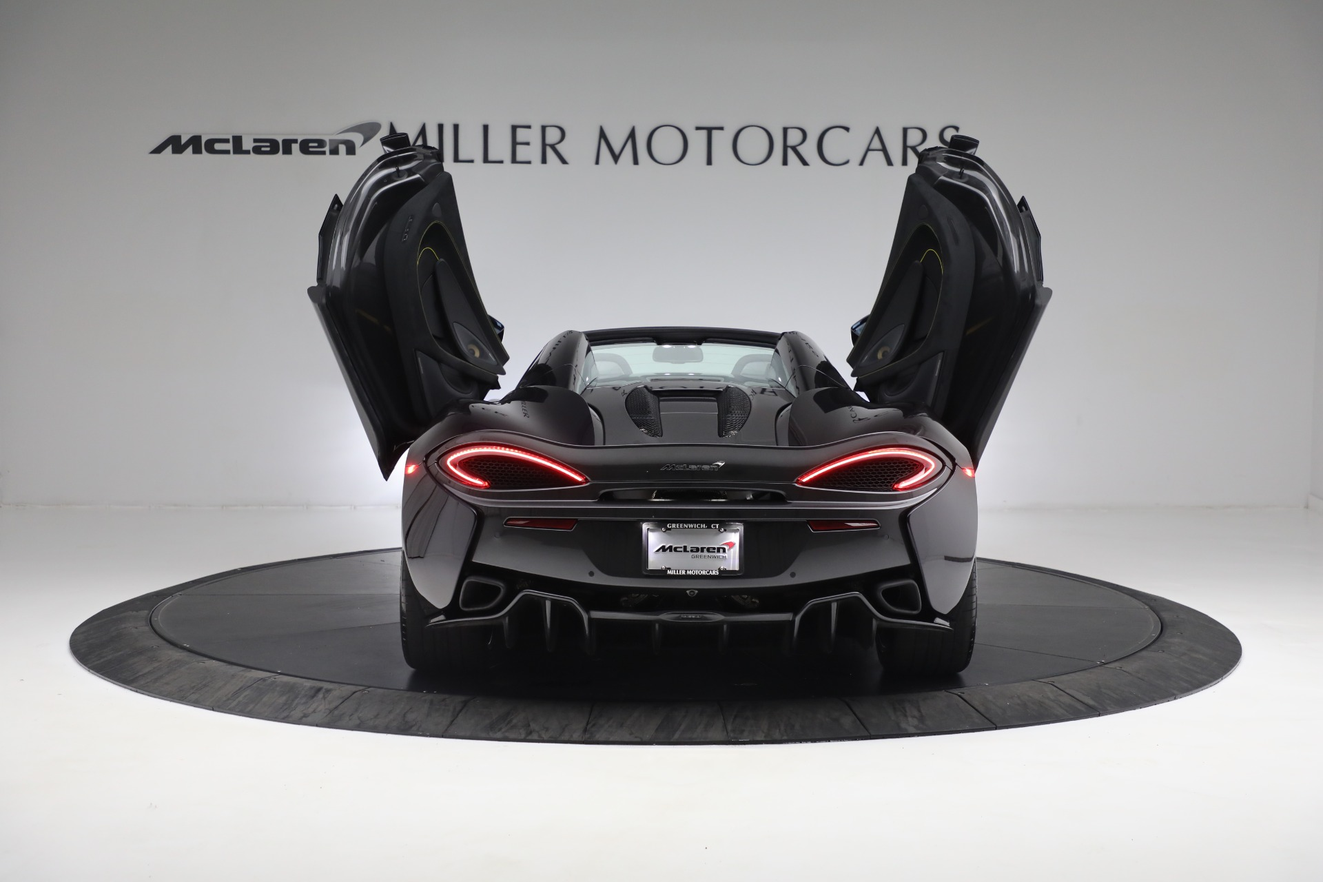New 2019 McLaren 570S Spider Convertible For Sale In Westport, CT 2729_p27