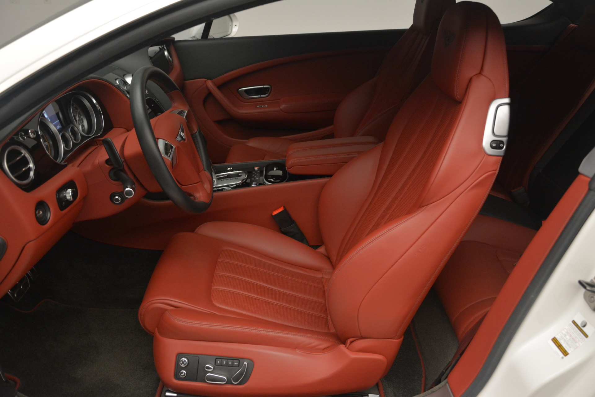 Used 2015 Bentley Continental GT V8 For Sale In Westport, CT 2731_p18