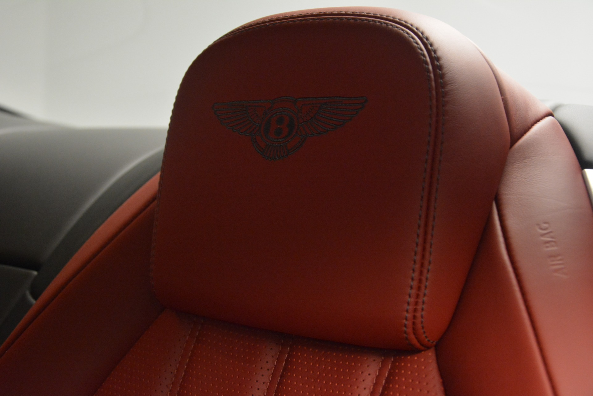 Used 2015 Bentley Continental GT V8 For Sale In Westport, CT 2731_p20
