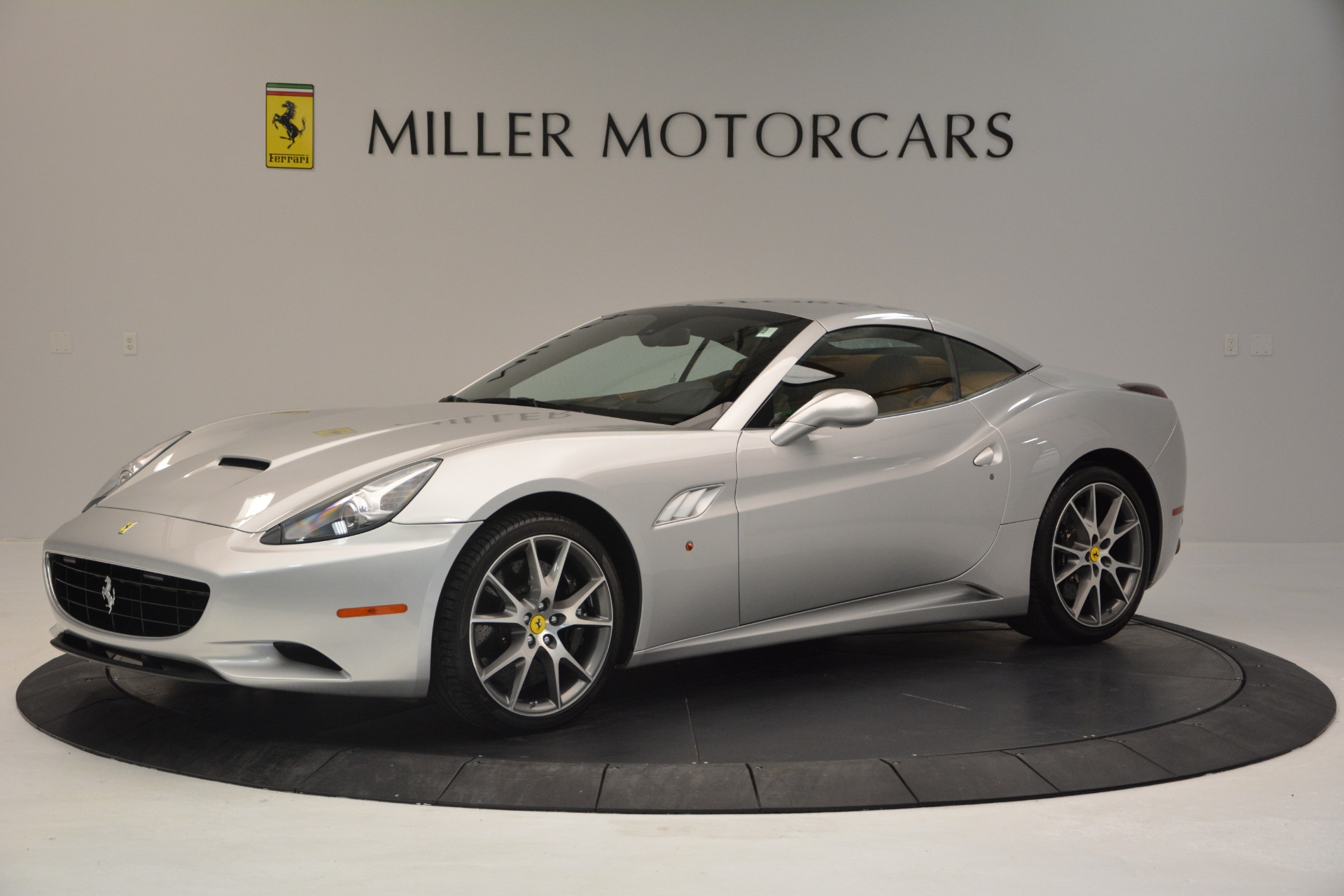 Used 2010 Ferrari California  For Sale In Westport, CT 2732_p14