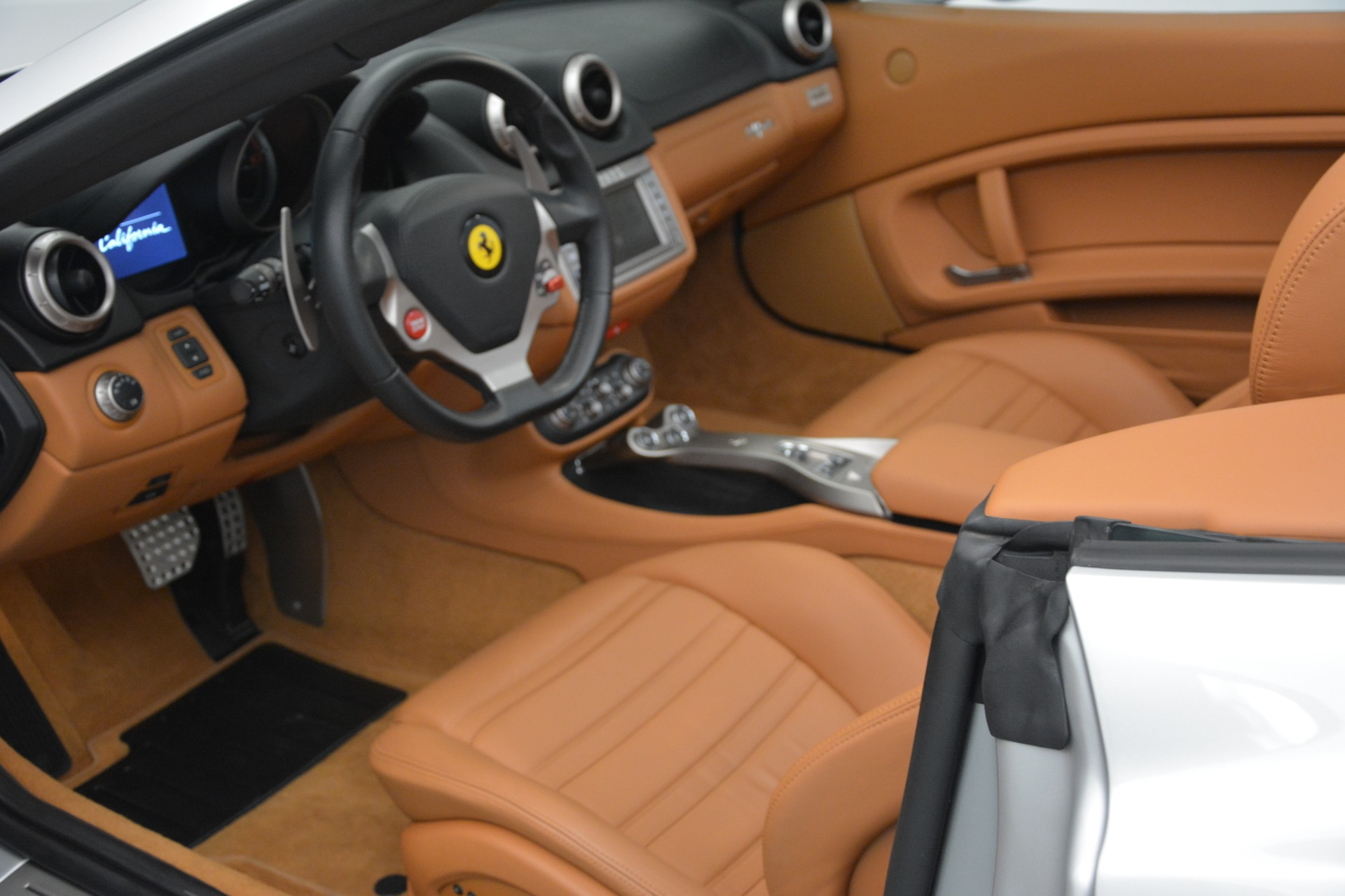 Used 2010 Ferrari California  For Sale In Westport, CT 2732_p25