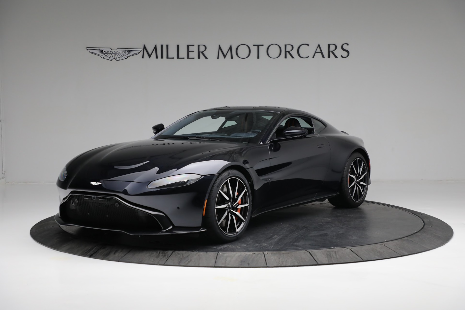 New 2019 Aston Martin Vantage  For Sale In Westport, CT 2756_main
