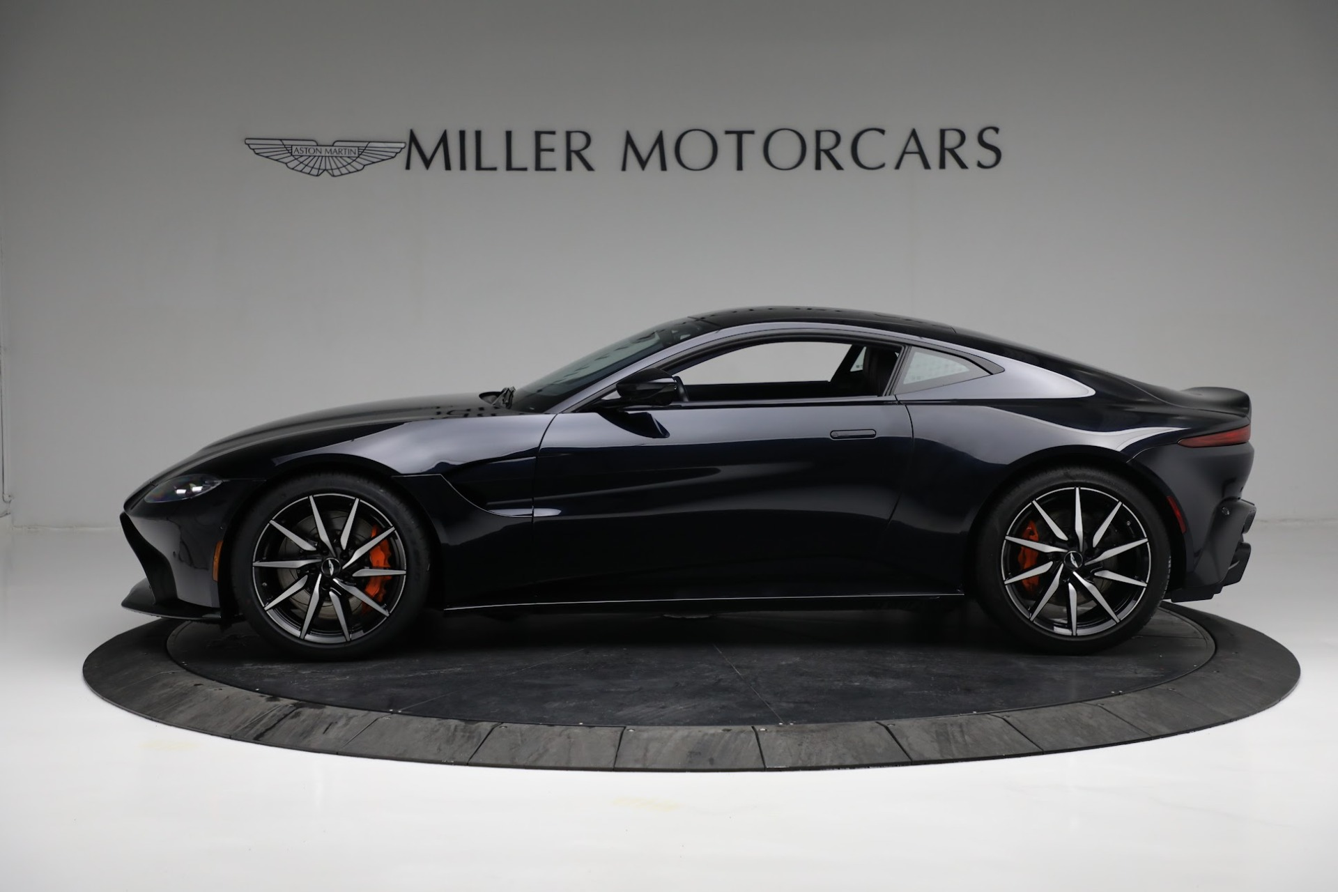 New 2019 Aston Martin Vantage  For Sale In Westport, CT 2756_p2