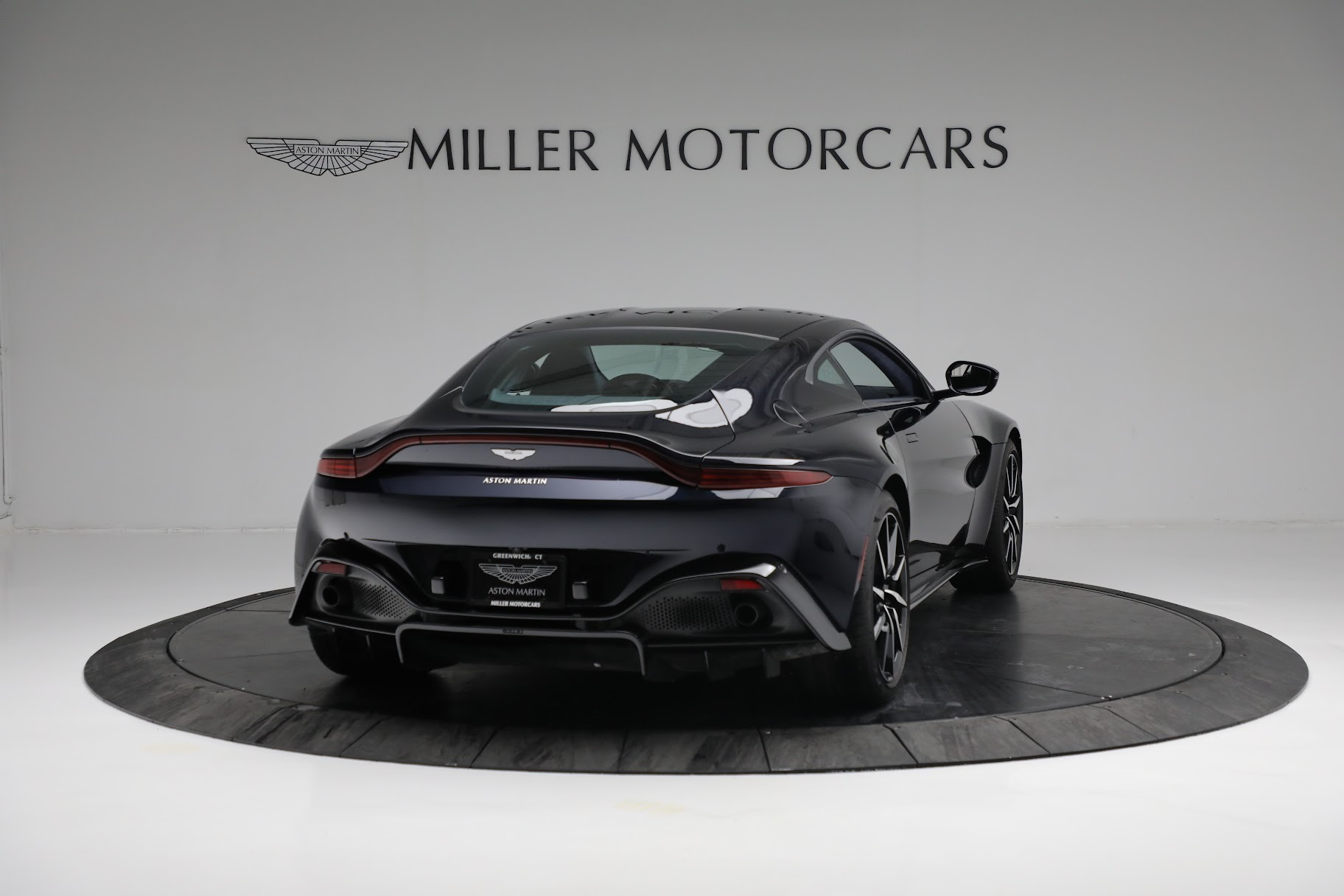 New 2019 Aston Martin Vantage  For Sale In Westport, CT 2756_p6