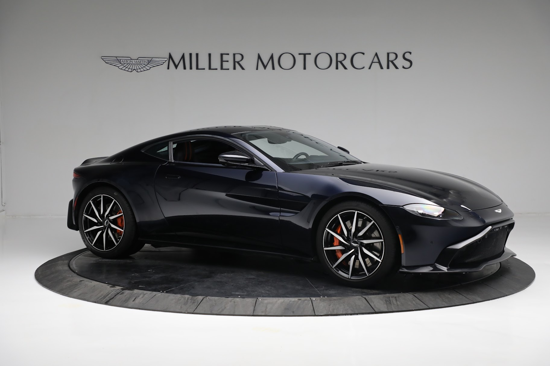 New 2019 Aston Martin Vantage  For Sale In Westport, CT 2756_p9