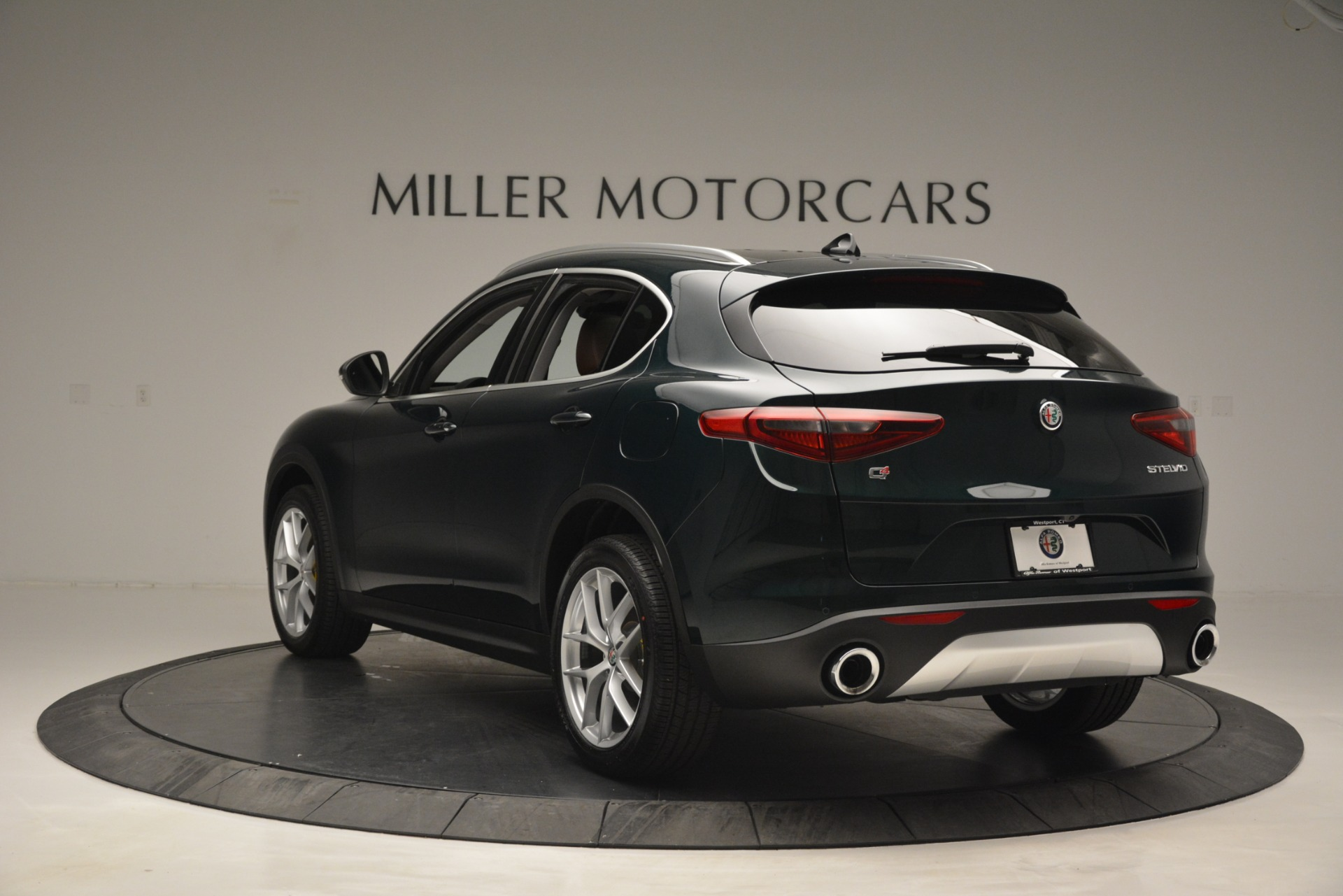 New 2019 Alfa Romeo Stelvio Q4 For Sale In Westport, CT 2761_p5