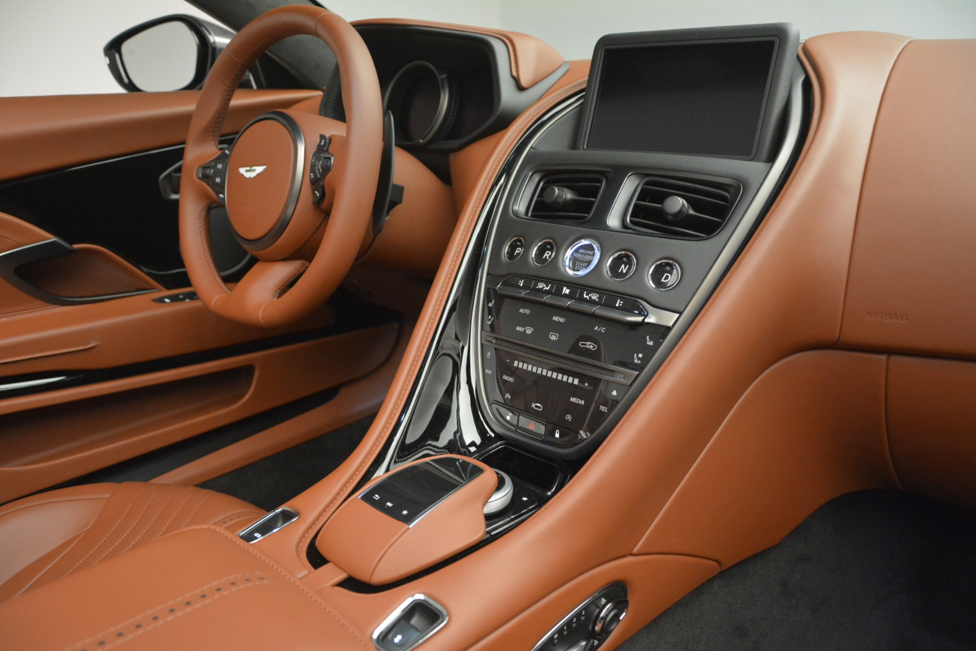 New 2019 Aston Martin DB11 V8 Convertible For Sale In Westport, CT 2762_p23