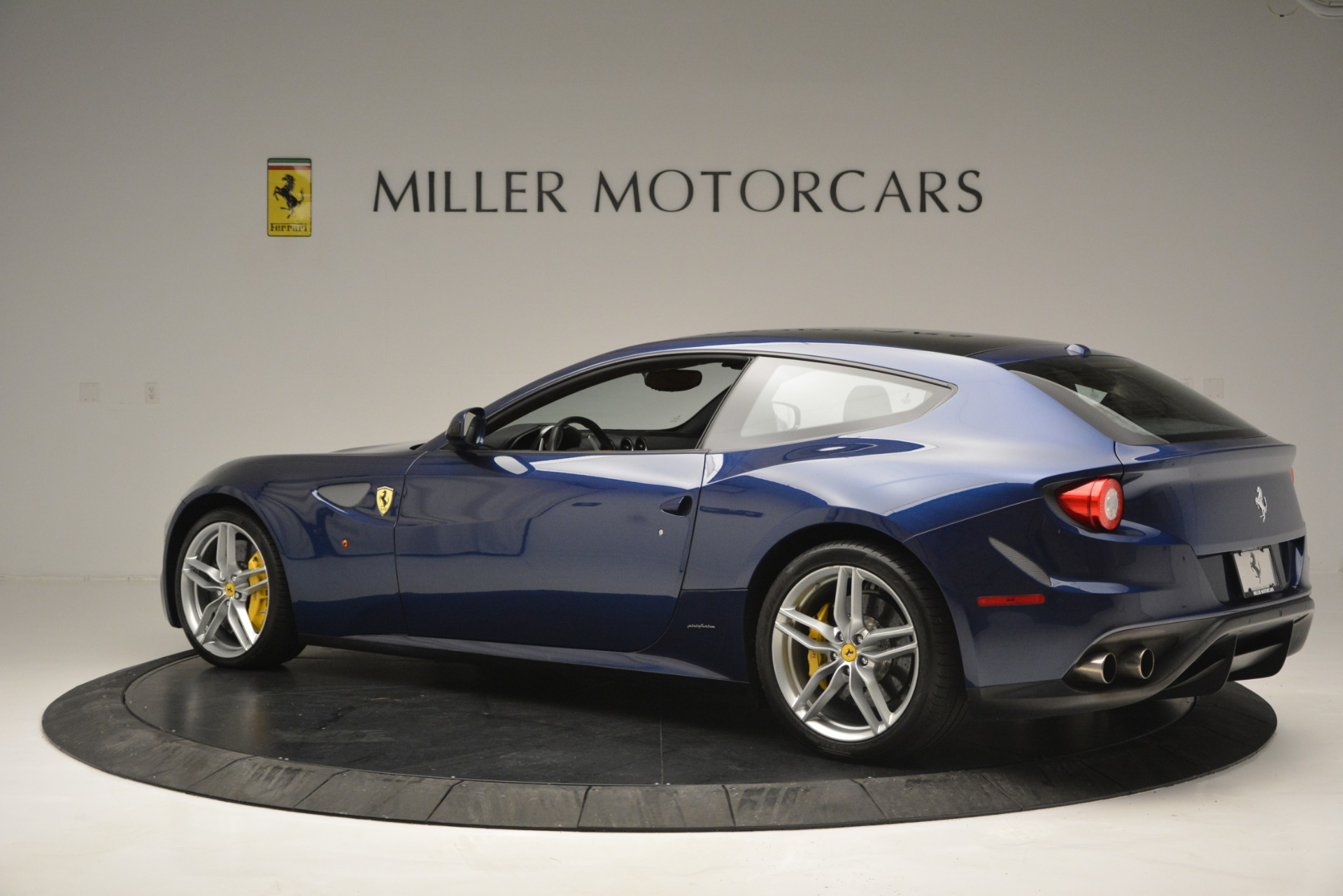 Used 2016 Ferrari FF  For Sale In Westport, CT 2763_p4