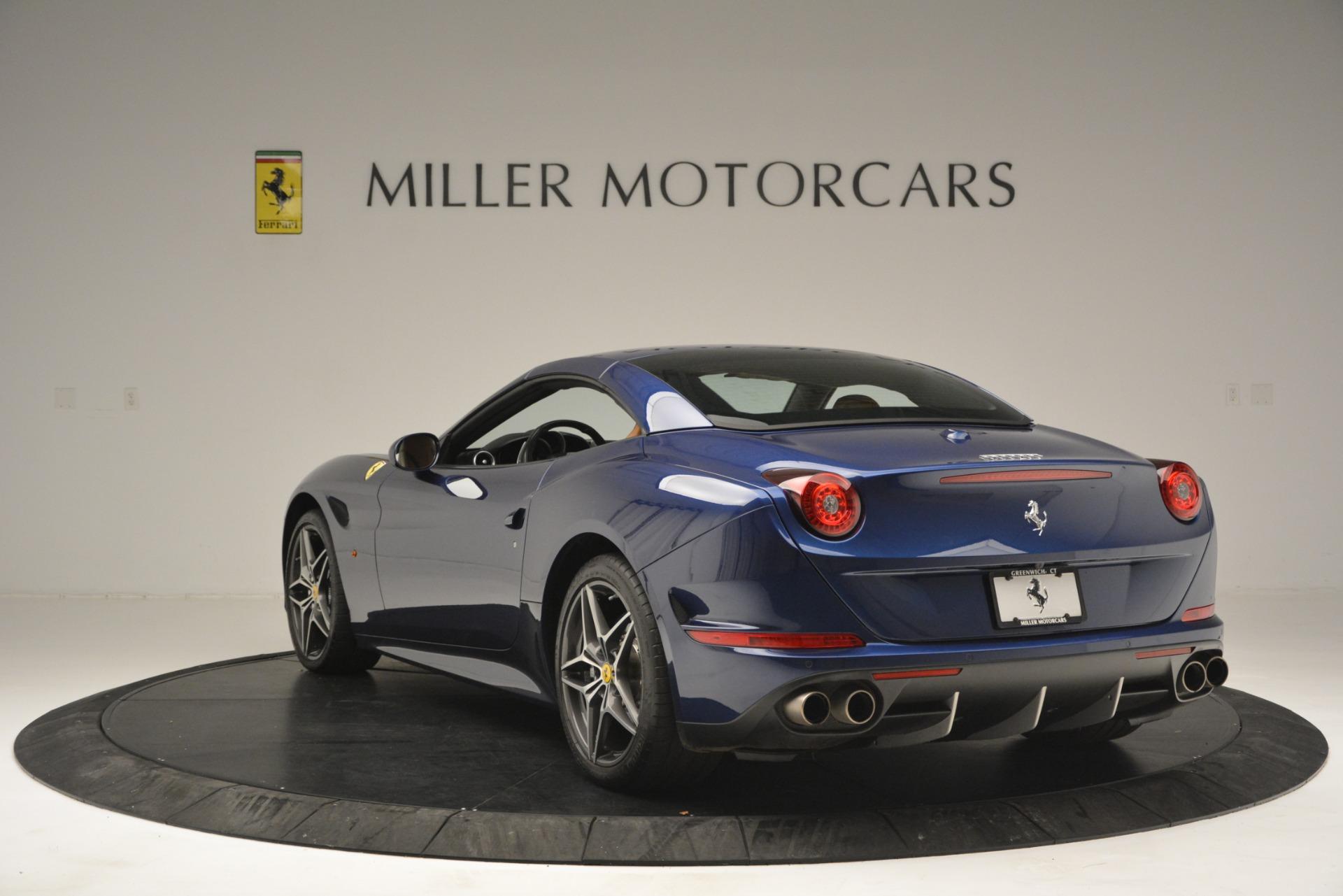 Used 2016 Ferrari California T  For Sale In Westport, CT 2773_p17