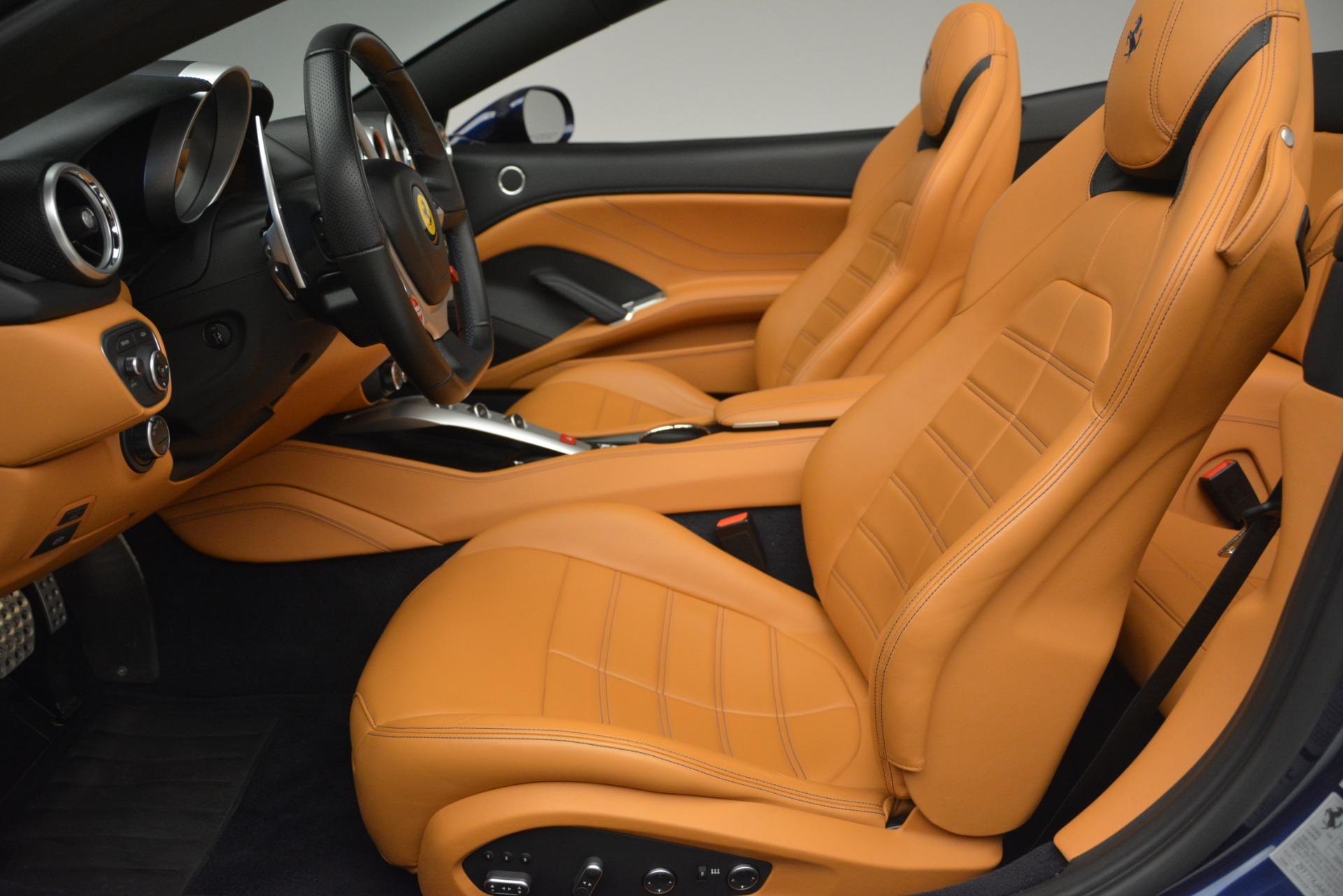 Used 2016 Ferrari California T  For Sale In Westport, CT 2773_p26