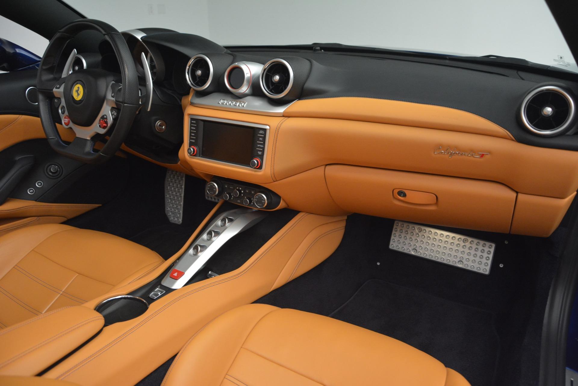 Used 2016 Ferrari California T  For Sale In Westport, CT 2773_p30