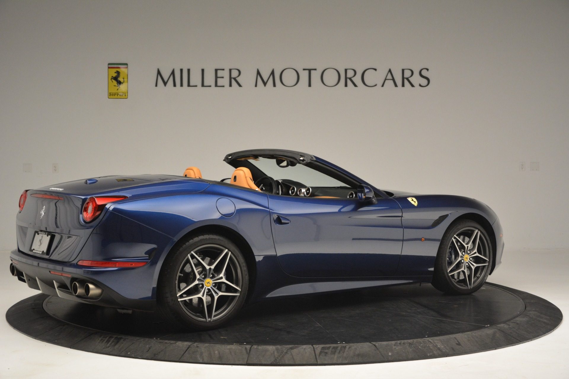 Used 2016 Ferrari California T  For Sale In Westport, CT 2773_p8