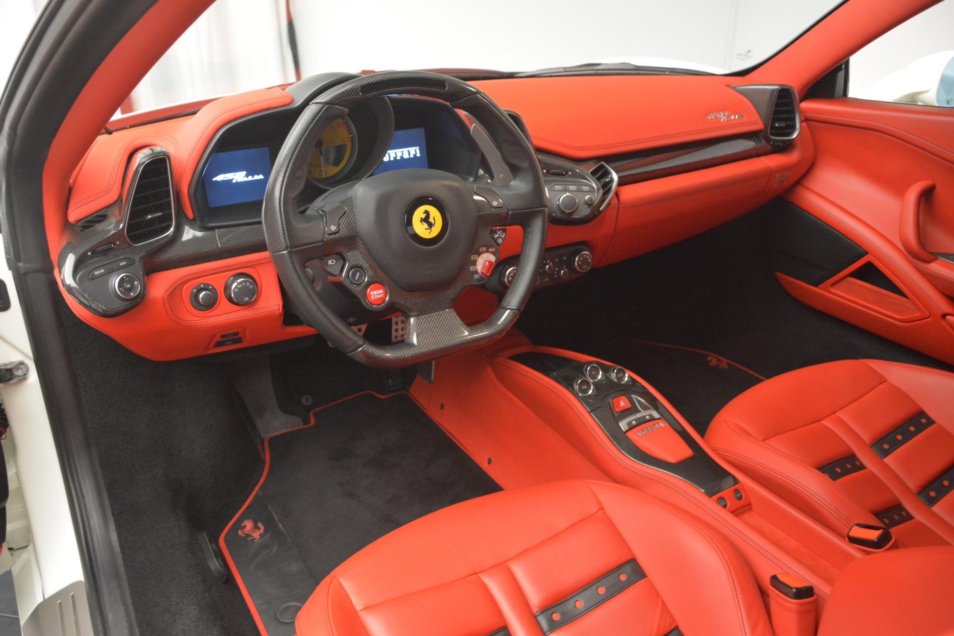 Used 2012 Ferrari 458 Italia  For Sale In Westport, CT 2781_p13