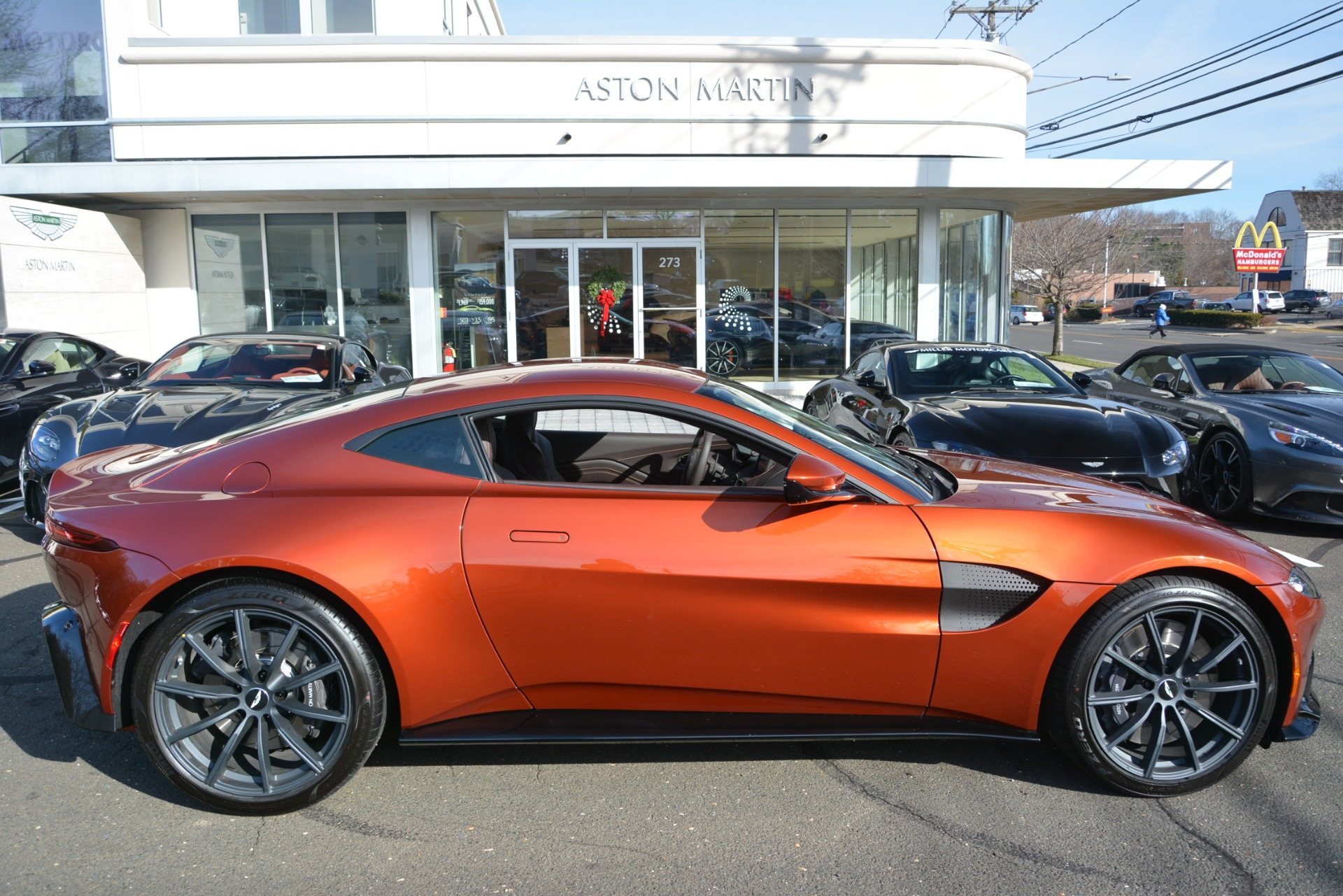 Used 2019 Aston Martin Vantage Coupe For Sale In Westport, CT 2784_p22