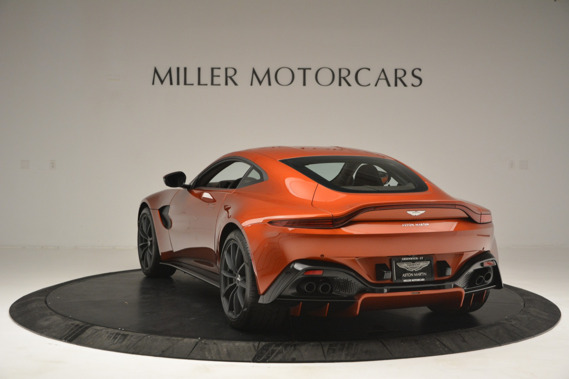Used 2019 Aston Martin Vantage Coupe For Sale In Westport, CT 2784_p5