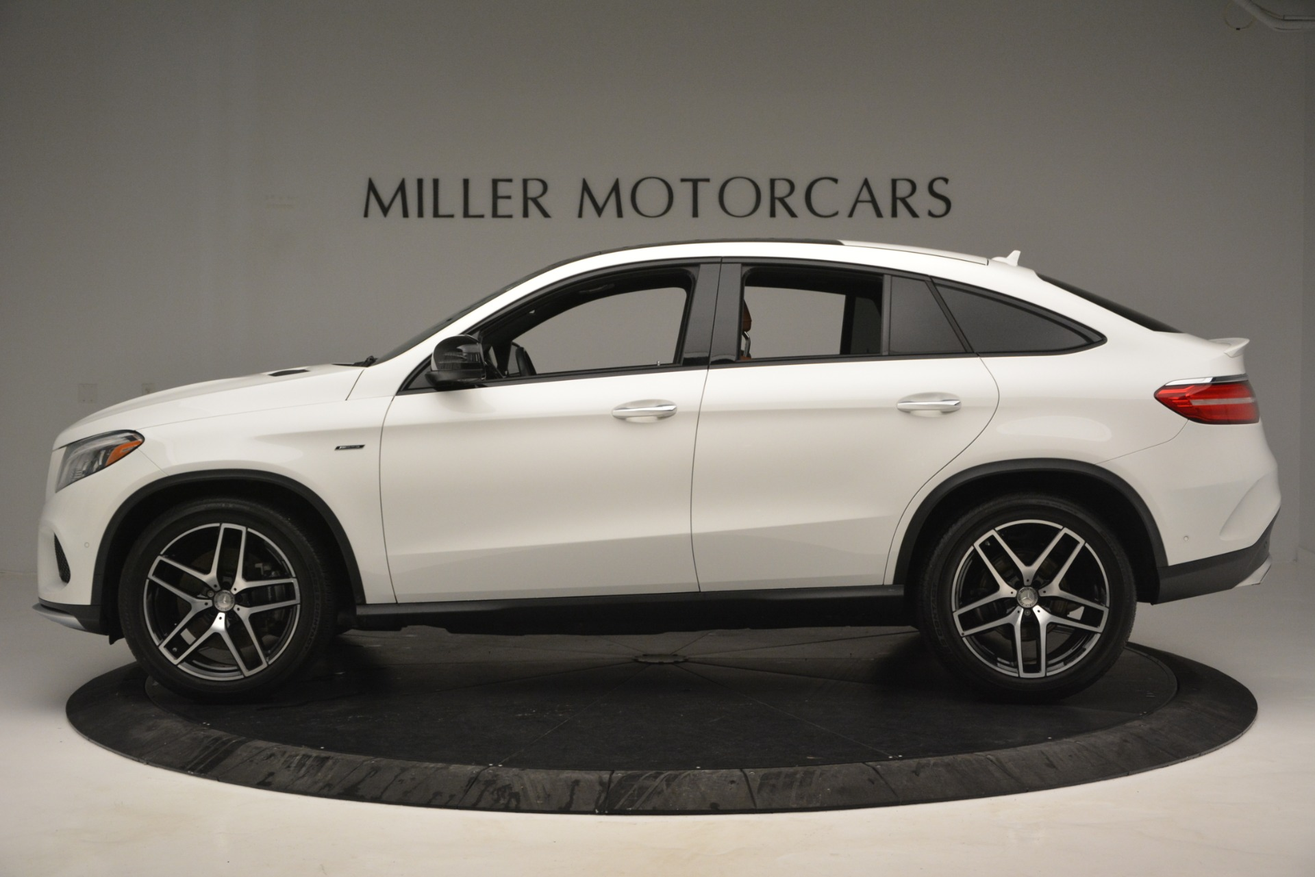 Used 2016 Mercedes-Benz GLE 450 AMG Coupe 4MATIC For Sale In Westport, CT 2787_p3