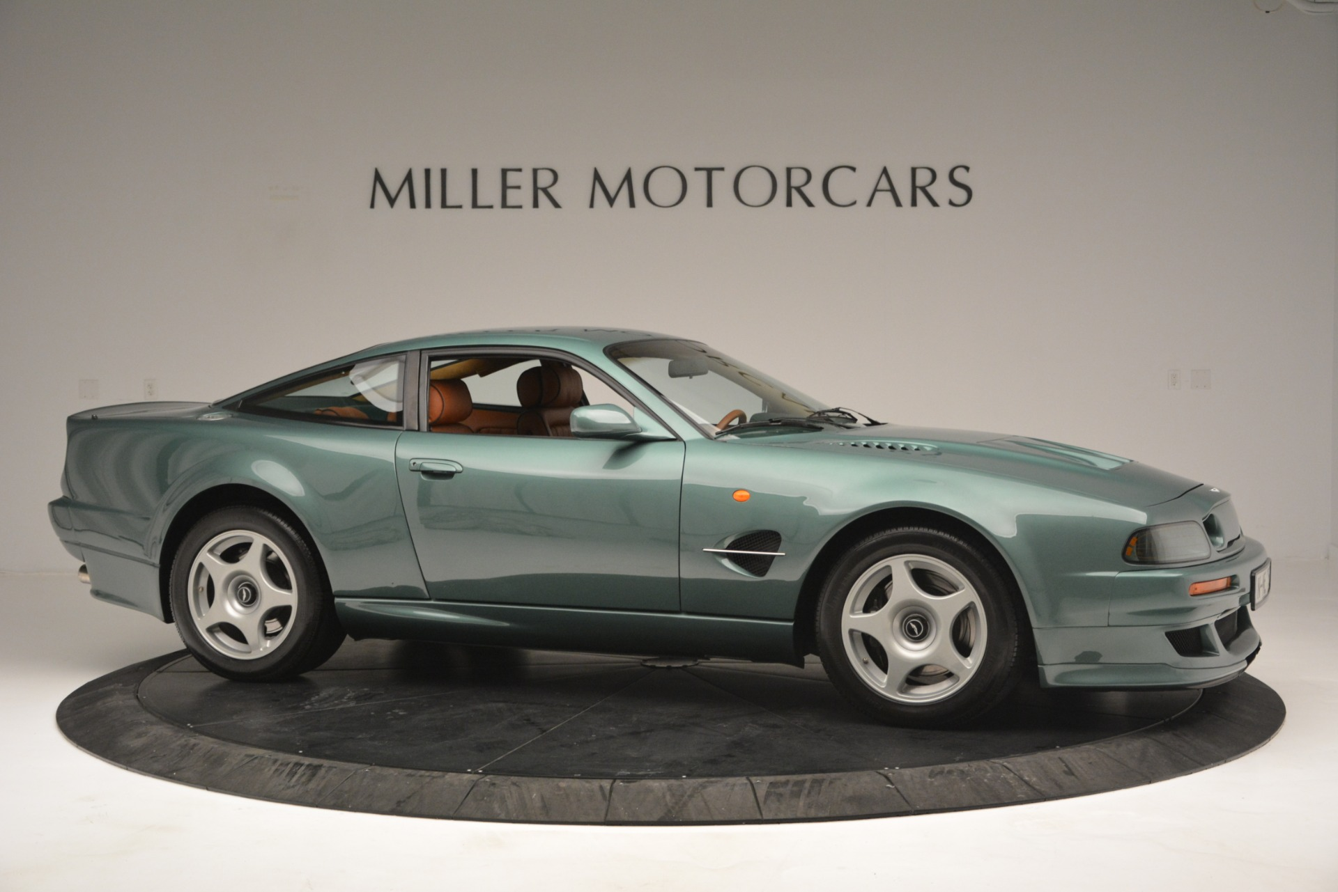 Used 1999 Aston Martin V8 Vantage Le Mans V600 Coupe For Sale In Westport, CT 2789_p11