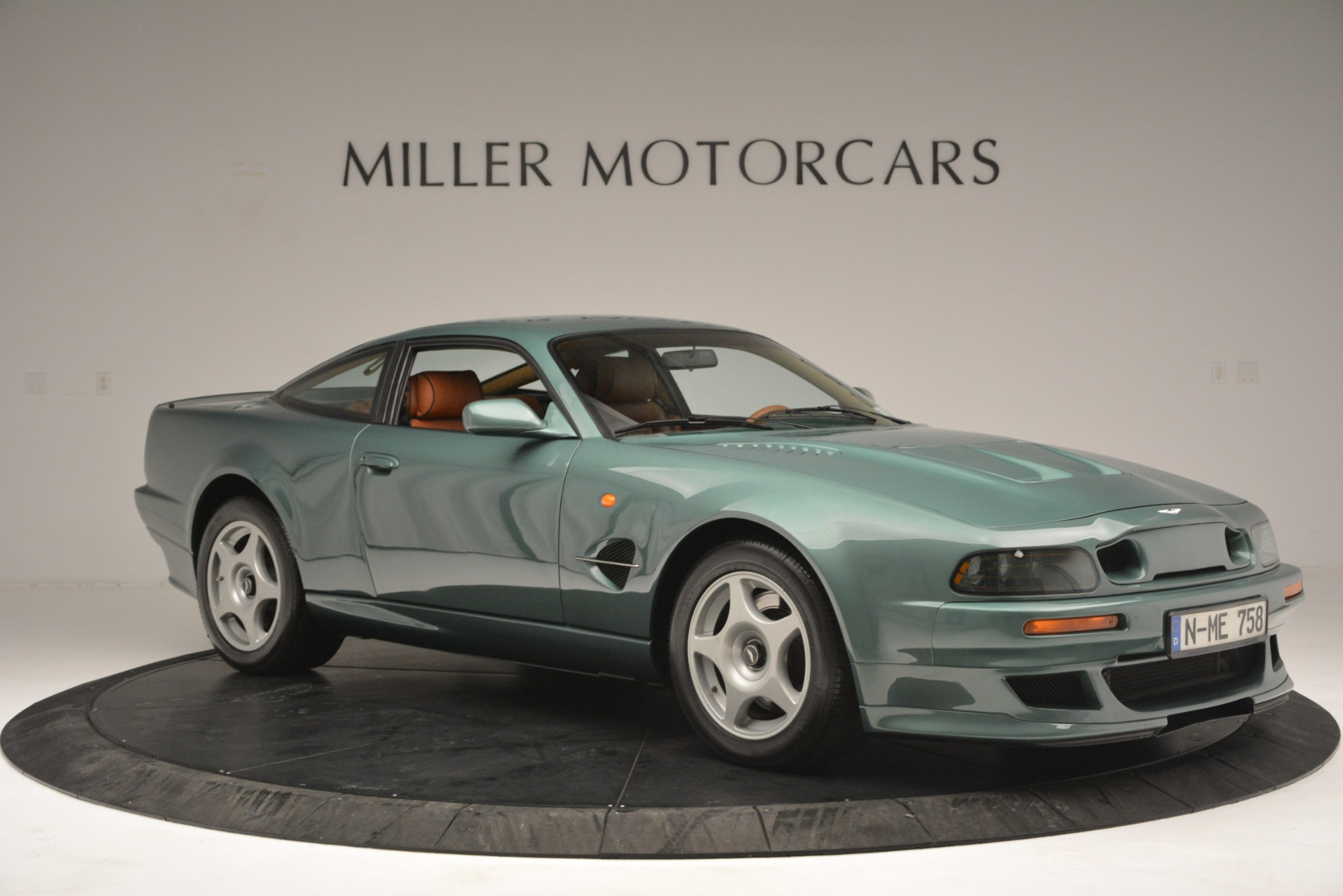 Used 1999 Aston Martin V8 Vantage Le Mans V600 Coupe For Sale In Westport, CT 2789_p12
