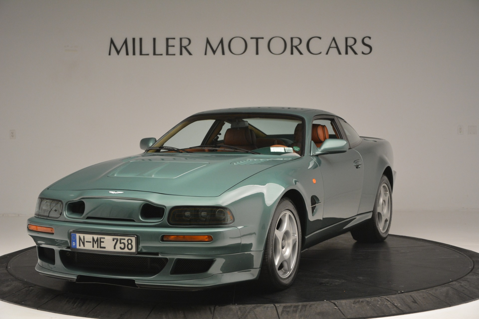 Used 1999 Aston Martin V8 Vantage Le Mans V600 Coupe For Sale In Westport, CT 2789_p2