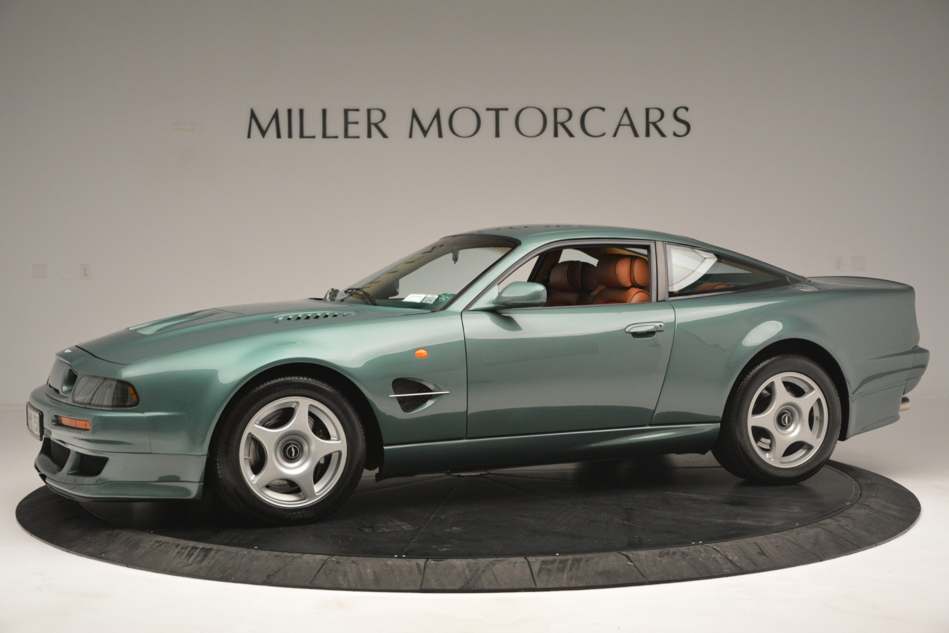 Used 1999 Aston Martin V8 Vantage Le Mans V600 Coupe For Sale In Westport, CT 2789_p3