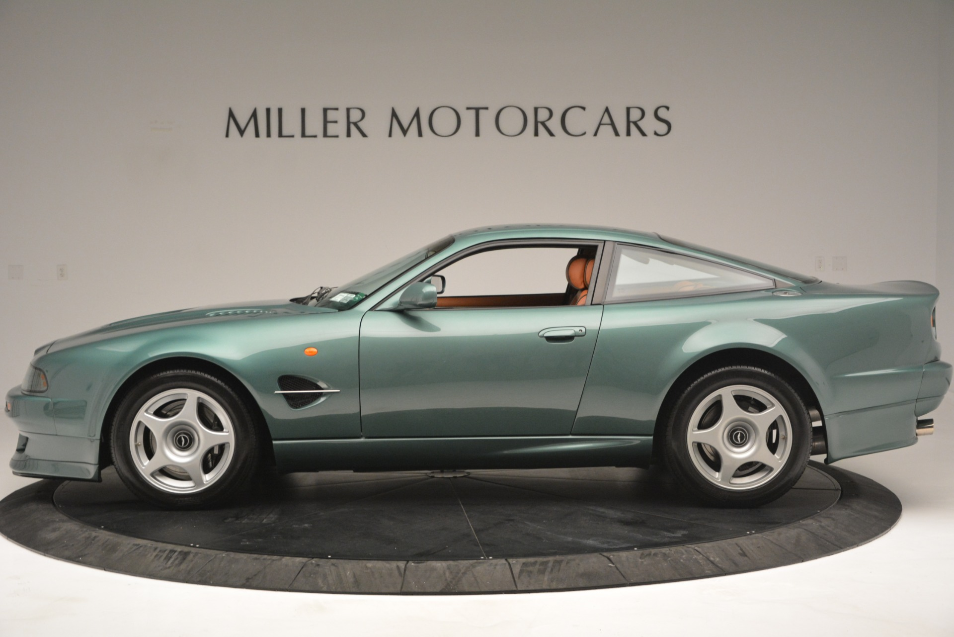 Used 1999 Aston Martin V8 Vantage Le Mans V600 Coupe For Sale In Westport, CT 2789_p4