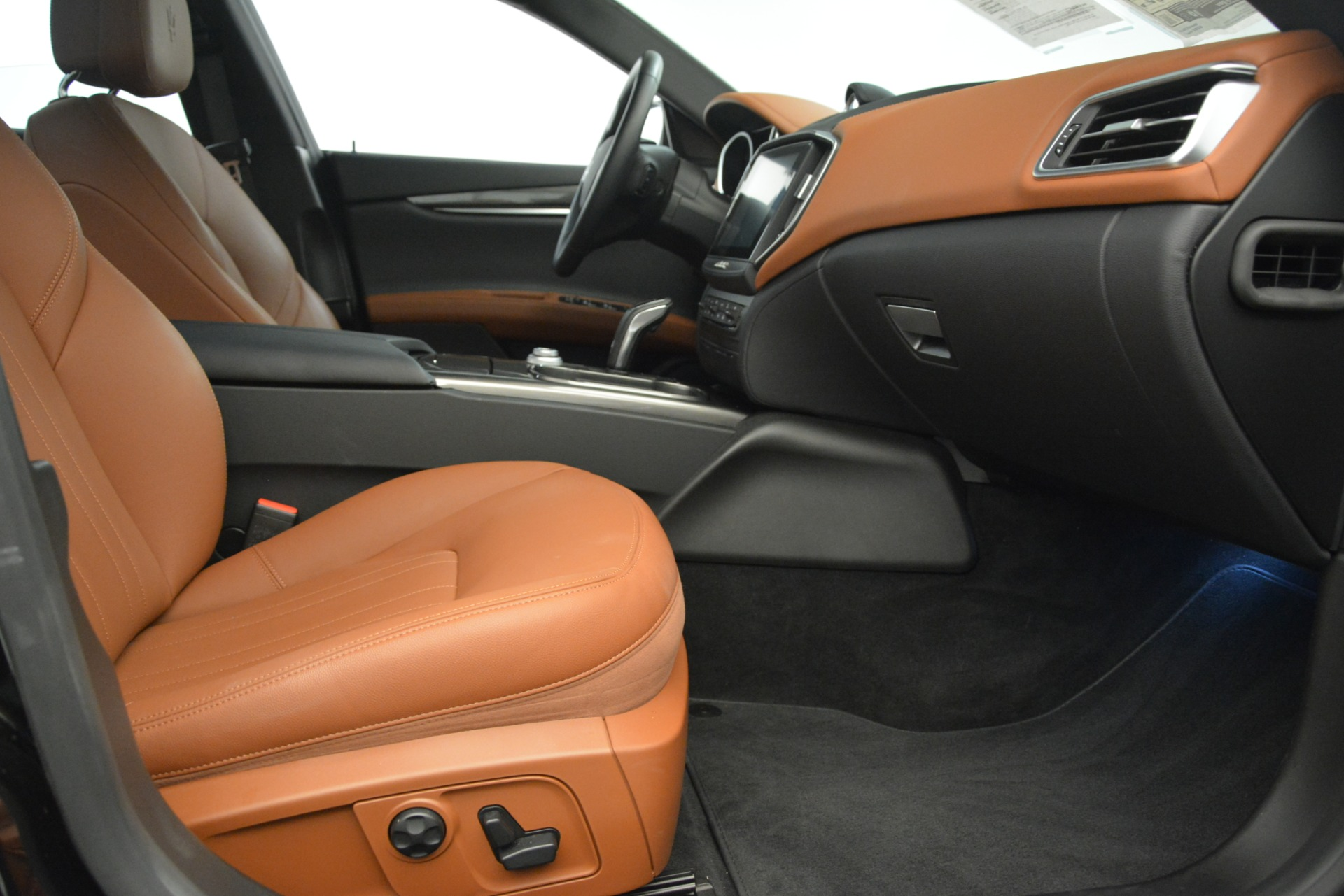 New 2019 Maserati Ghibli S Q4 For Sale In Westport, CT 2792_p18