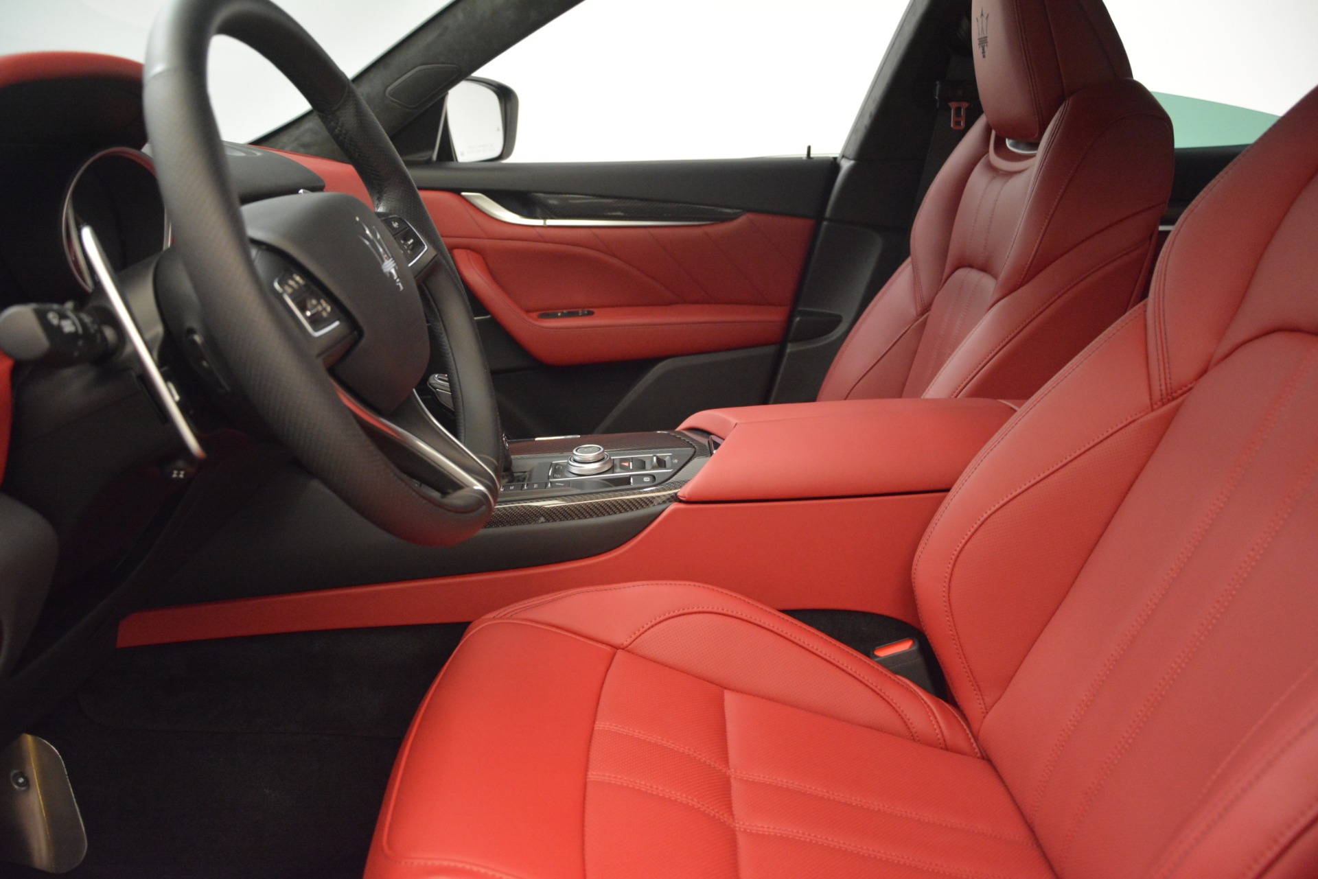New 2019 Maserati Levante GTS For Sale In Westport, CT 2797_p16
