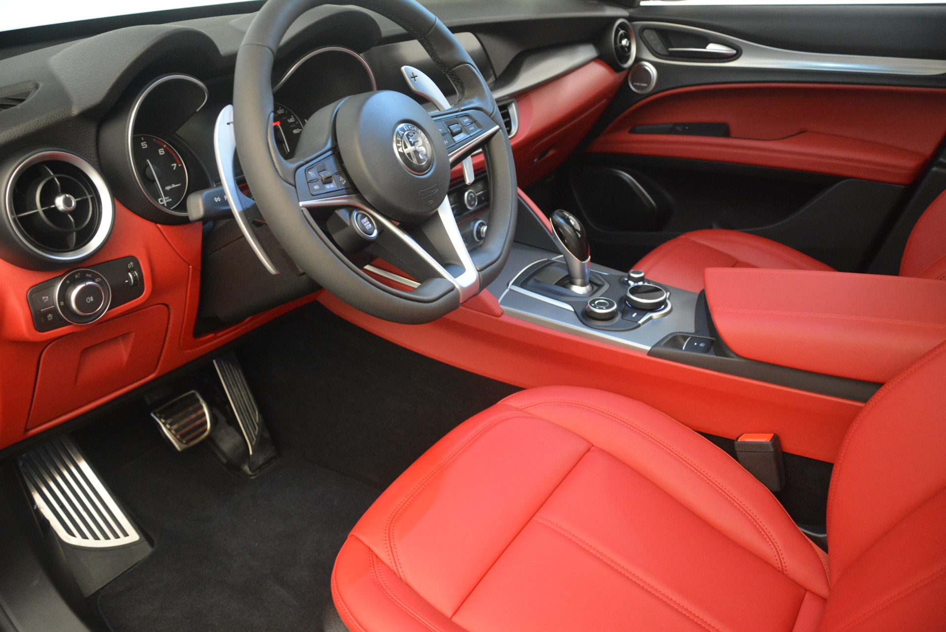 New 2019 Alfa Romeo Stelvio Sport Q4 For Sale In Westport, CT 2809_p13
