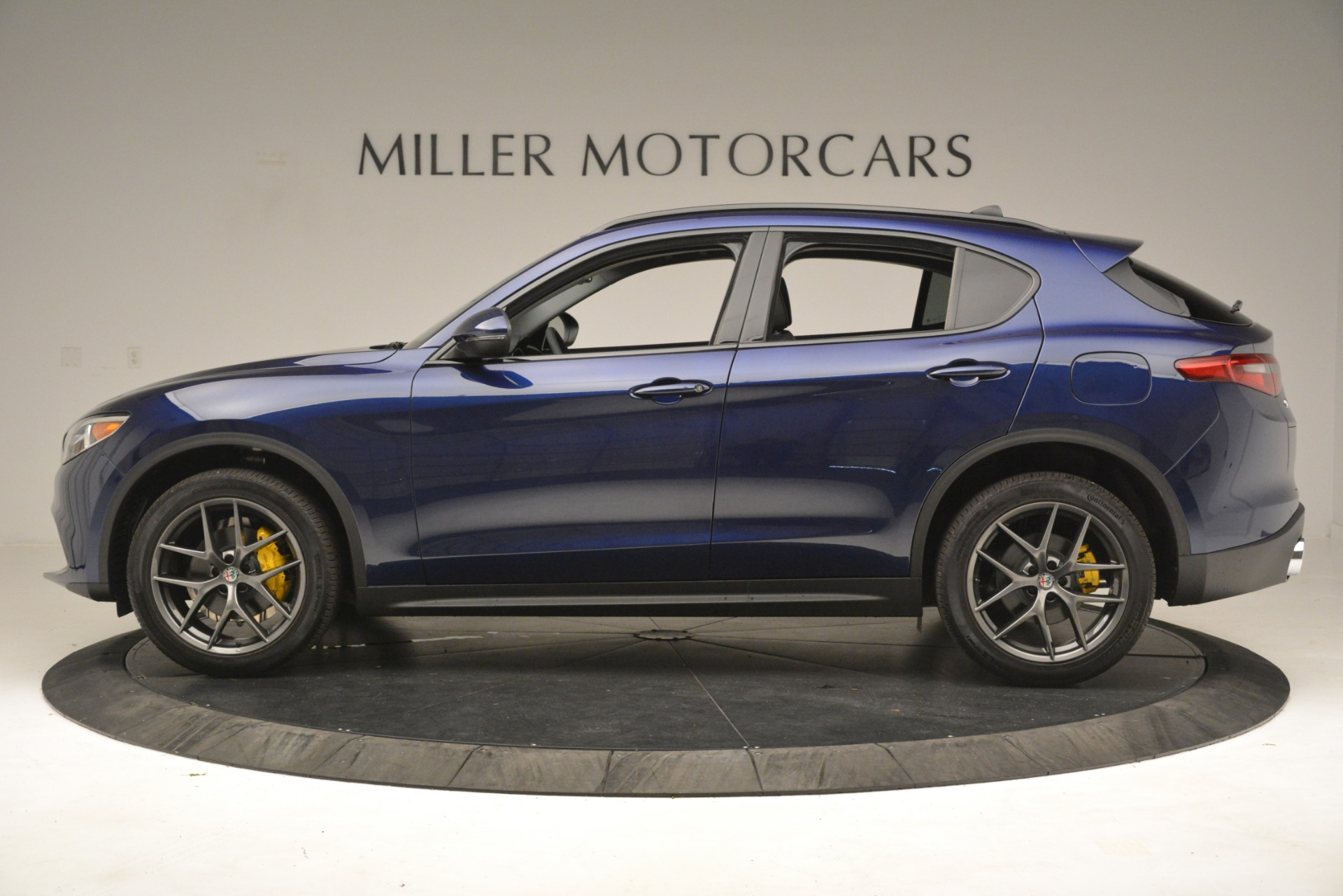 New 2019 Alfa Romeo Stelvio Sport Q4 For Sale In Westport, CT 2815_p3