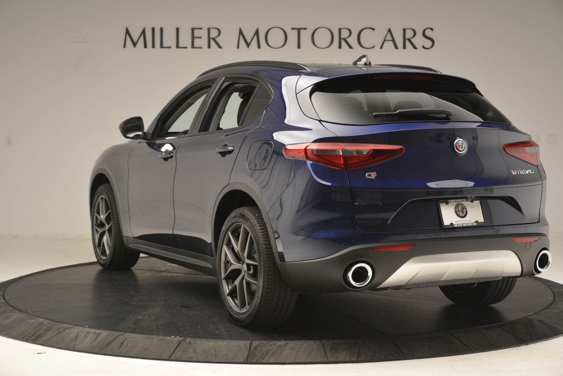 New 2019 Alfa Romeo Stelvio Sport Q4 For Sale In Westport, CT 2815_p5