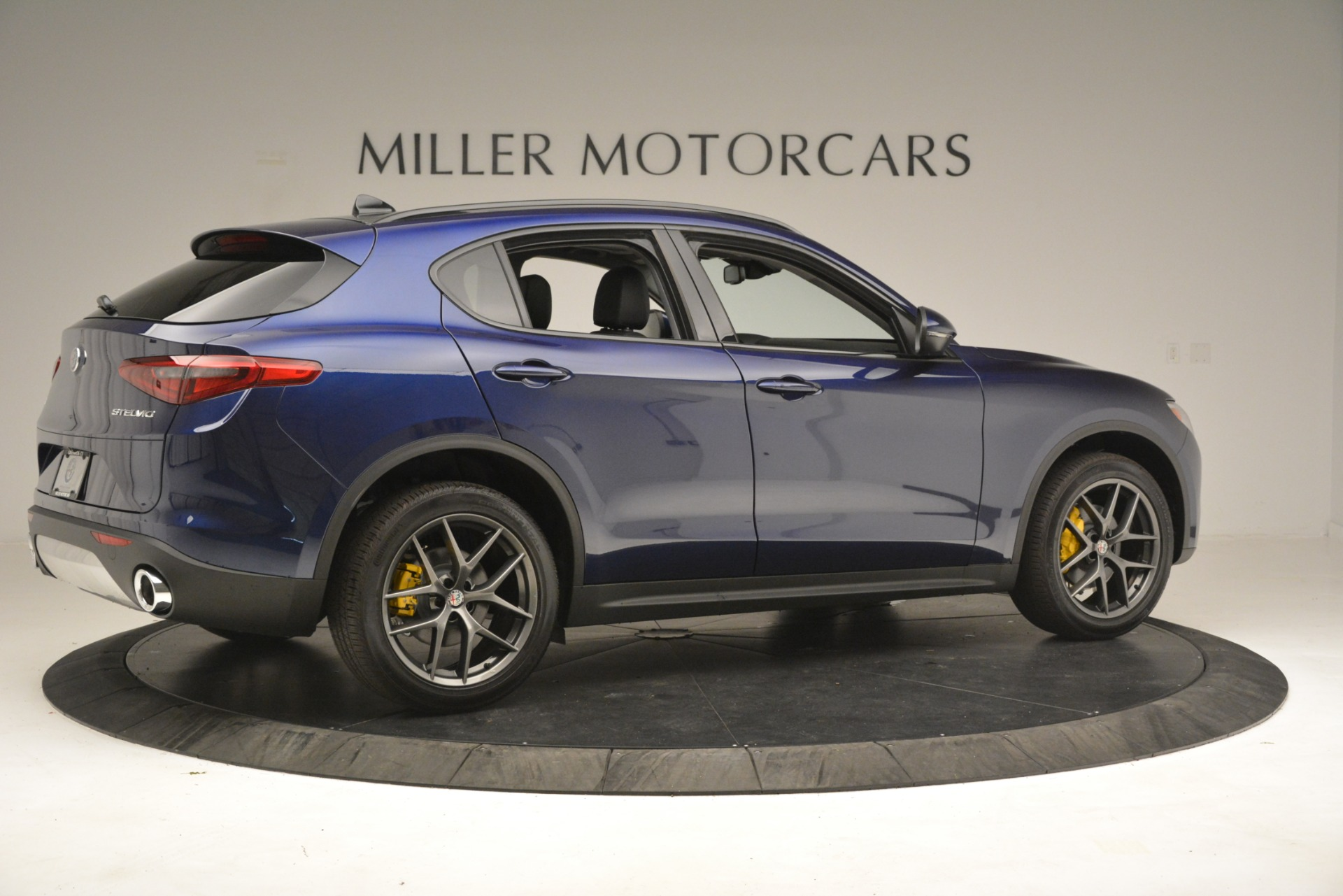 New 2019 Alfa Romeo Stelvio Sport Q4 For Sale In Westport, CT 2815_p8
