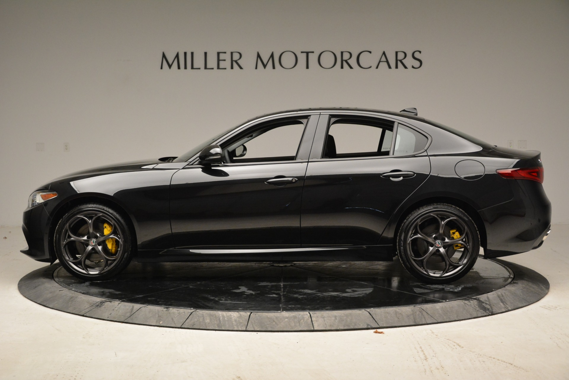 New 2019 Alfa Romeo Giulia Ti Sport Q4 For Sale In Westport, CT 2823_p3