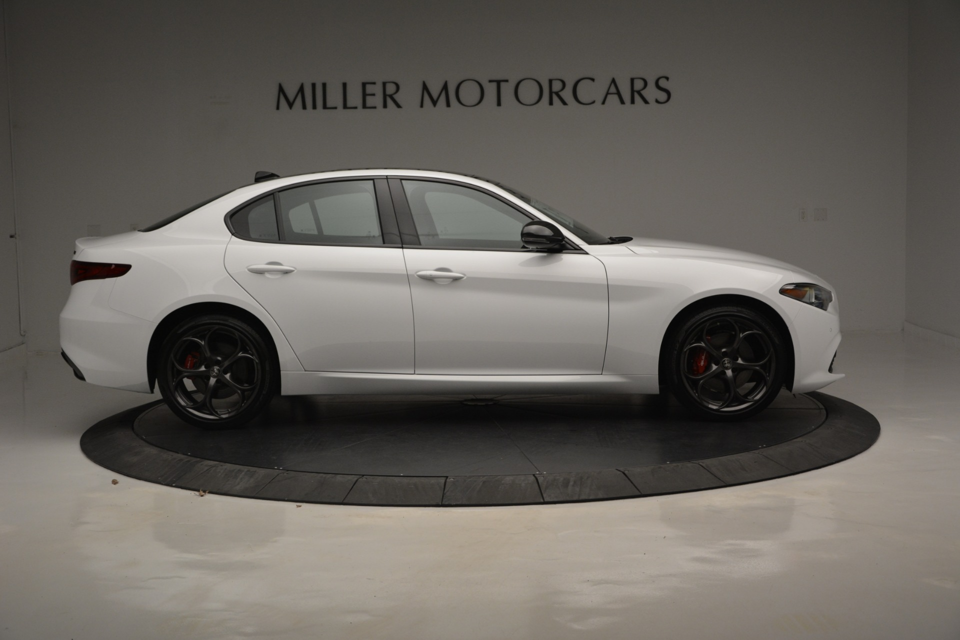 New 2019 Alfa Romeo Giulia Ti Sport Q4 For Sale In Westport, CT 2826_p10
