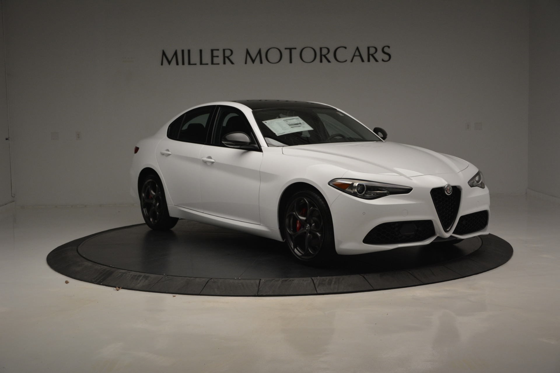 New 2019 Alfa Romeo Giulia Ti Sport Q4 For Sale In Westport, CT 2826_p12
