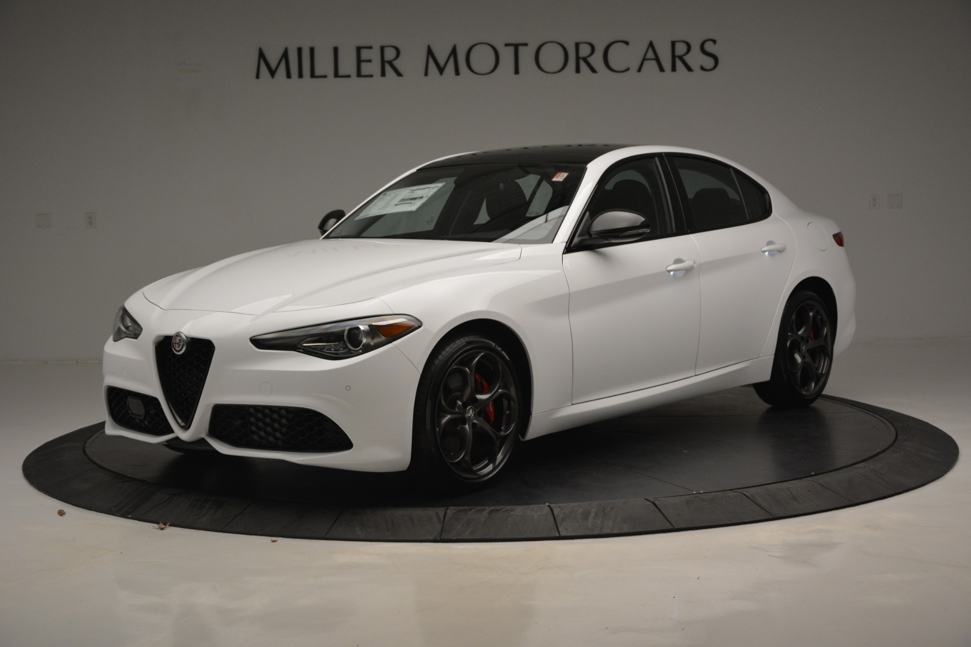 New 2019 Alfa Romeo Giulia Ti Sport Q4 For Sale In Westport, CT 2826_p2