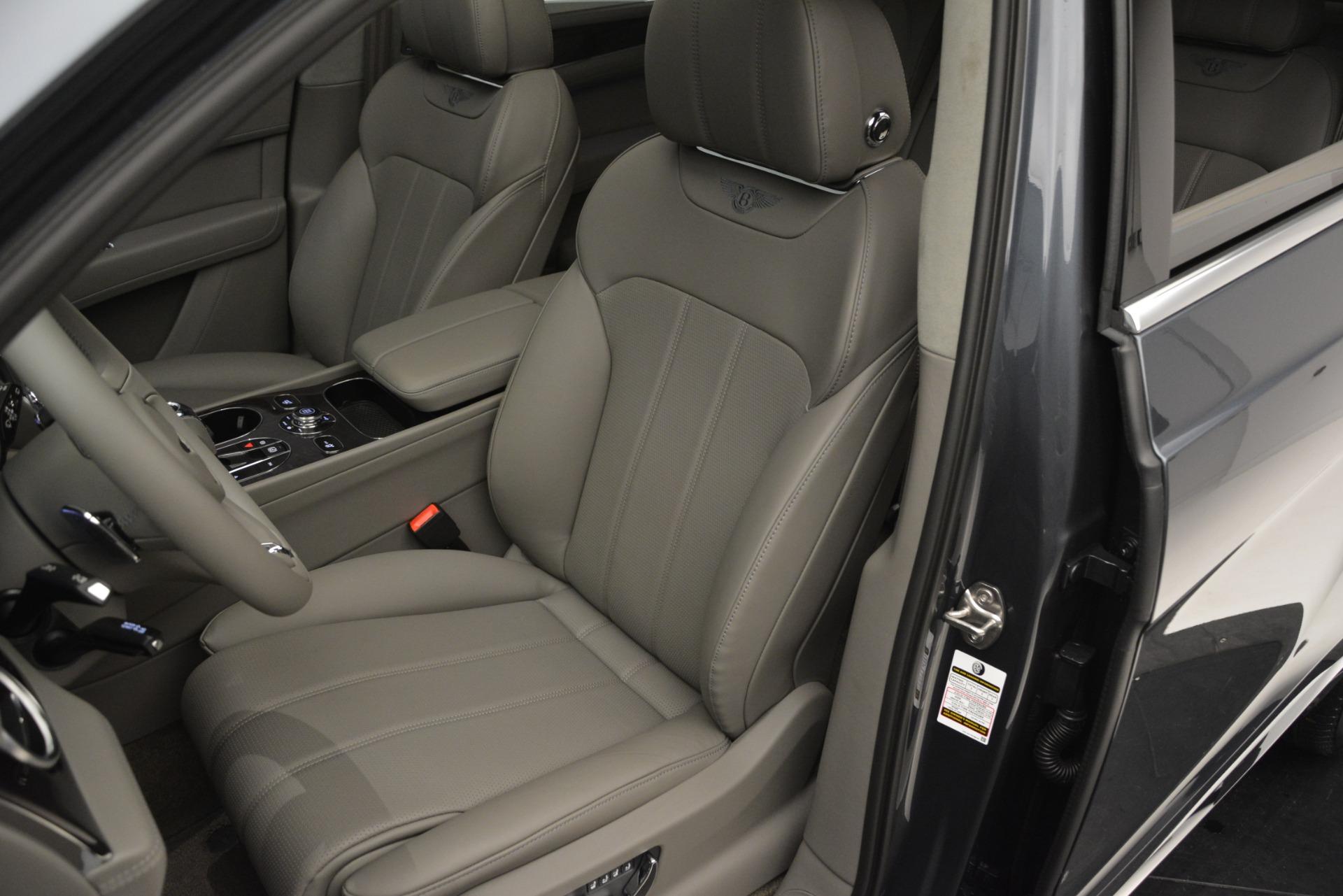 Used 2019 Bentley Bentayga V8 For Sale In Westport, CT 2828_p19